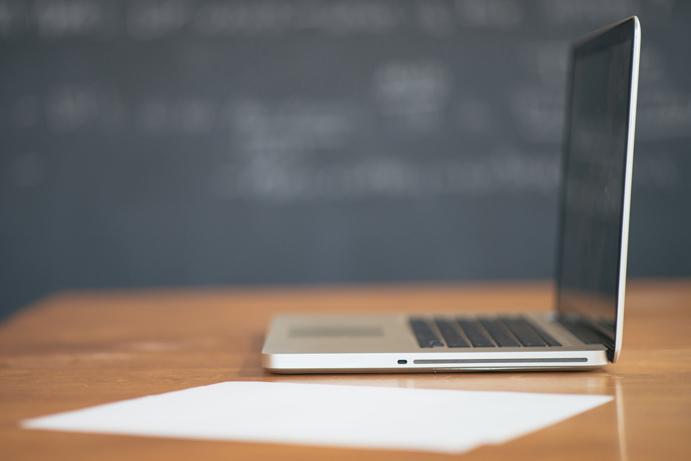 apple-desk-laptop-working.jpg