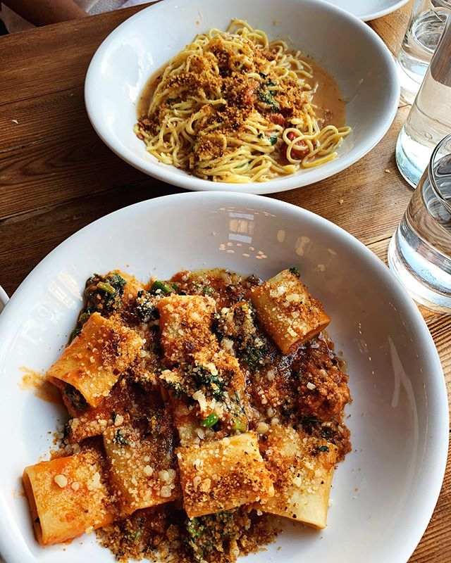 Went to @midaboston on Monday with a girlfriend and I am STILL dreaming about the chili butter & crab spaghetti!! Don't miss the garlic butter focaccia either - it's to die for! 🍝 🦀 🥖  #lucieeats #foodwinewomen #instafood #eattheworld #feedfeed #foodblogfeed #foodgasam #foodinstagram #foodlovers #restaurantreview #eastcoastfoodies #foodie #igfoodie #eeeeeats #foodiegram #instafood #eatingfortheinsta #bostonrestaurants #bostonfoodie #midaboston #southendrestaurants #southend #pasta #pastalovers #southendboston #southendlocal