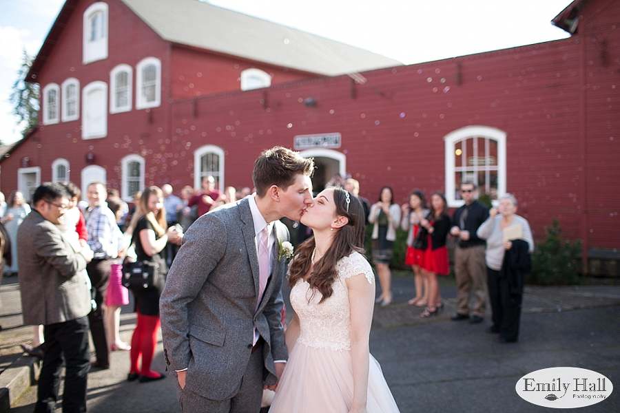 Salem Mission Mill Museum Wedding Photographer-604.jpg