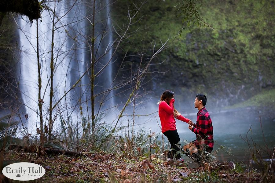 Willamette Valley Proposal Photographer - Silver Falls-18.jpg