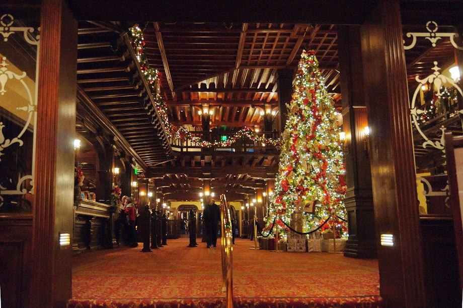 hotel-del-coronado-lobby-at-christmas.jpg