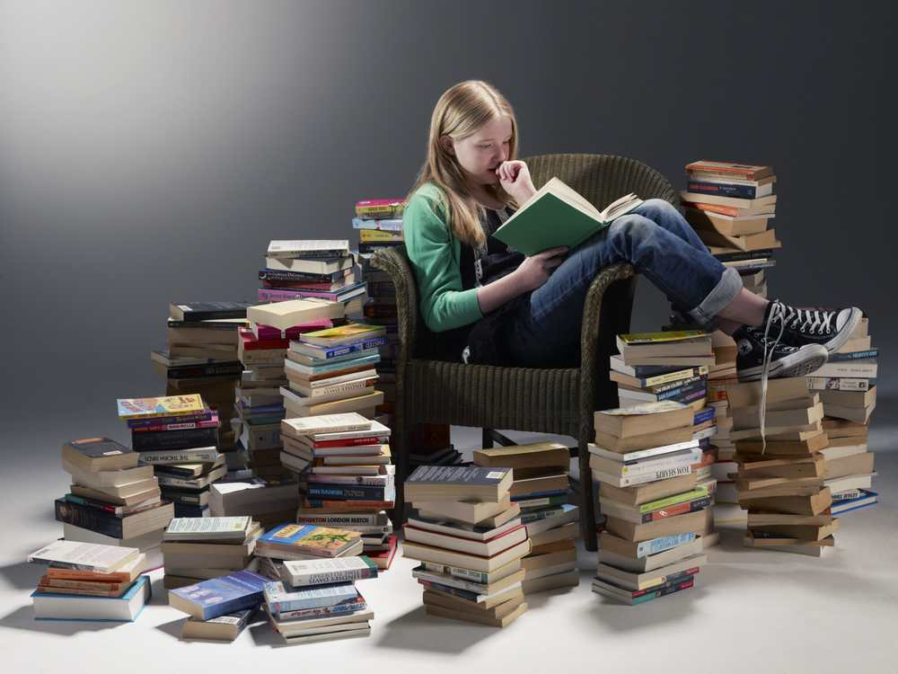 How_to_Read_a_Pile_of_Books.jpg