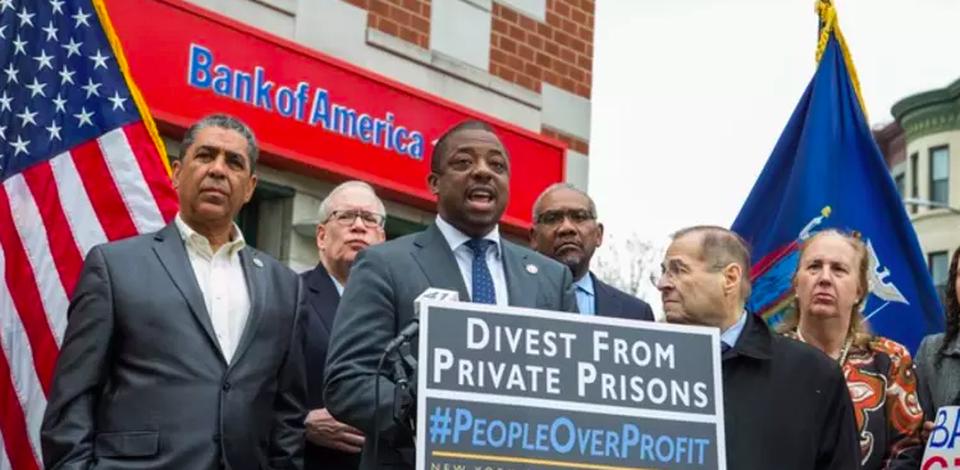Senator Brian Benjamin introducing the bill in front of Bank of America in Harlem.