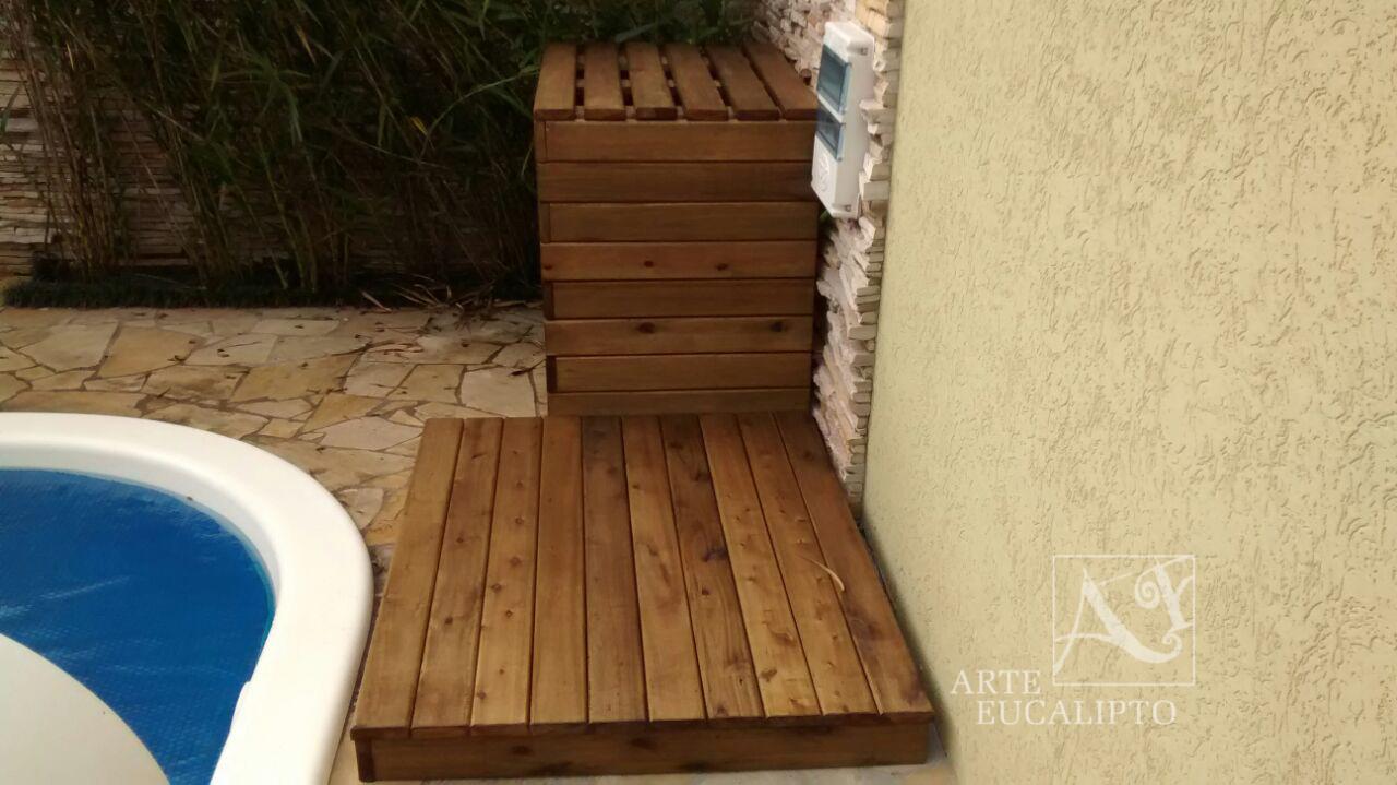 Deck de eucalipto autoclavado para abrigo aquecedor de piscina , Capão Raso , Curitiba - Pr