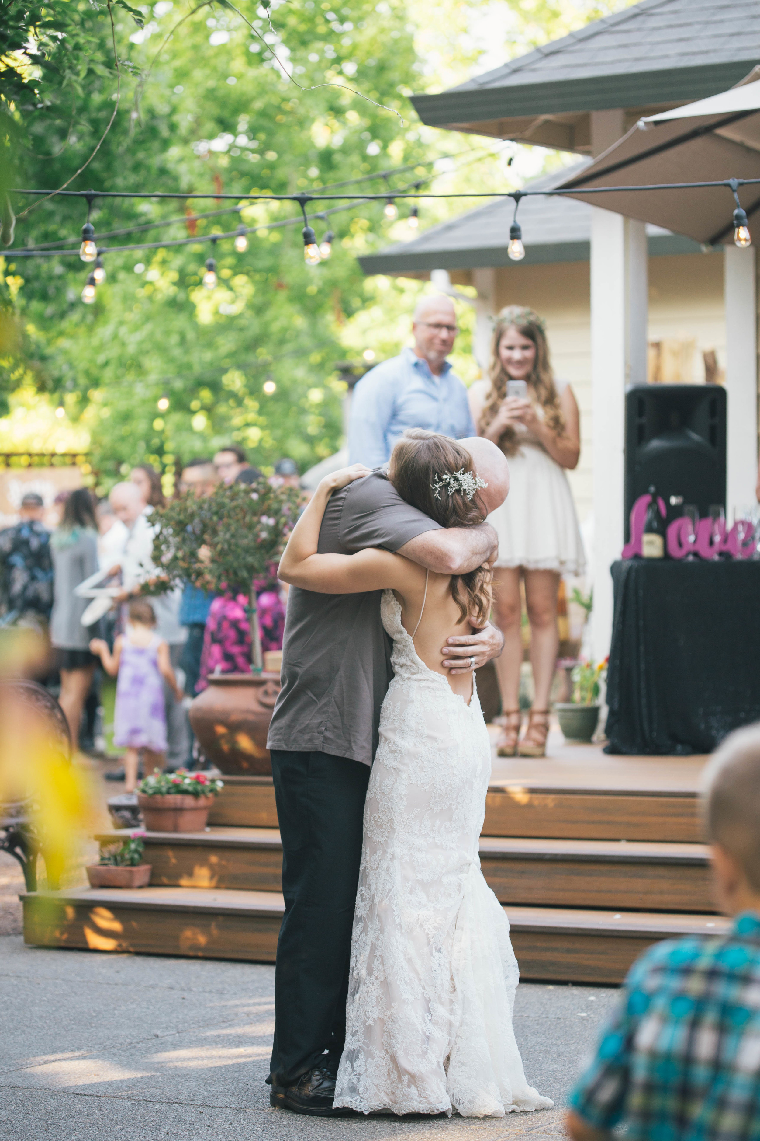 sonoma-county-wedding-photographer-backyard-father-daughter