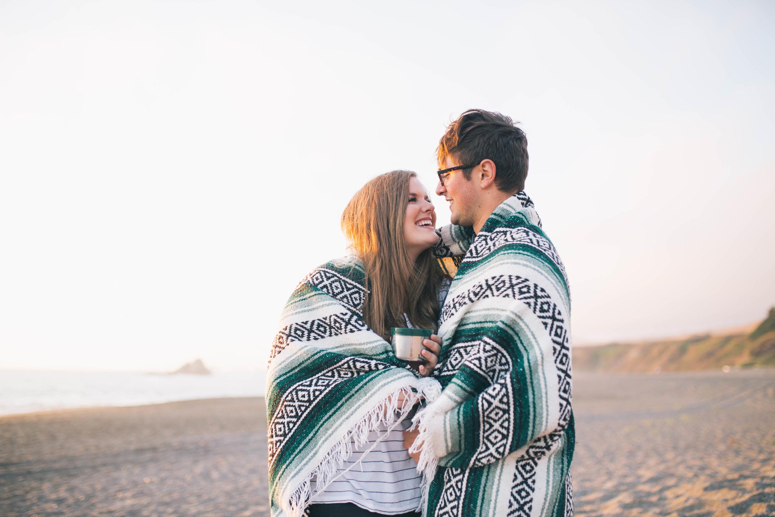 california-beach-couples-portrait-photographer-blanket-sunset