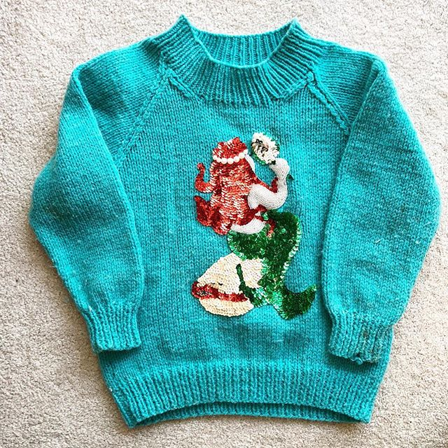 Cleaning my room out at my mom's and stumbled across this - my grandma knit me this sweet little sweater (Ariel was my fave) 😭💕🧜‍♀️