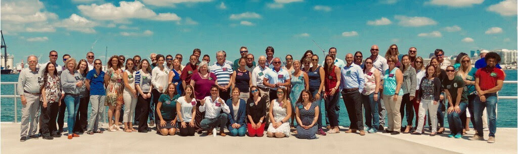 Florida Marine Debris Reduction Workshop participants pose for a group photo. Image credit: NOAA
