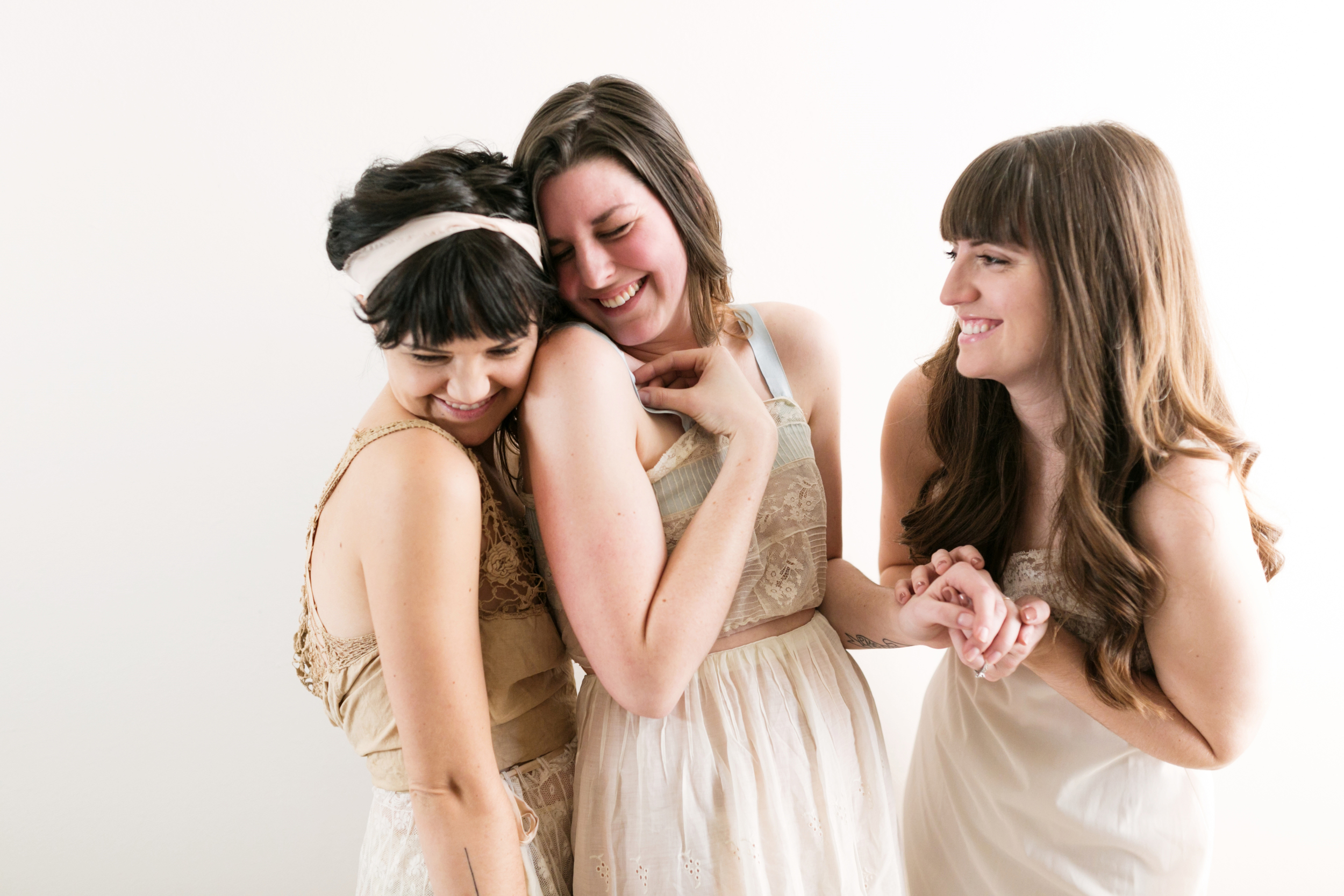 Valentines Bride and Her Bridesmaids  Styled Session  Hurtienne Photography  Portland Oregon Wedding Photographers (5)