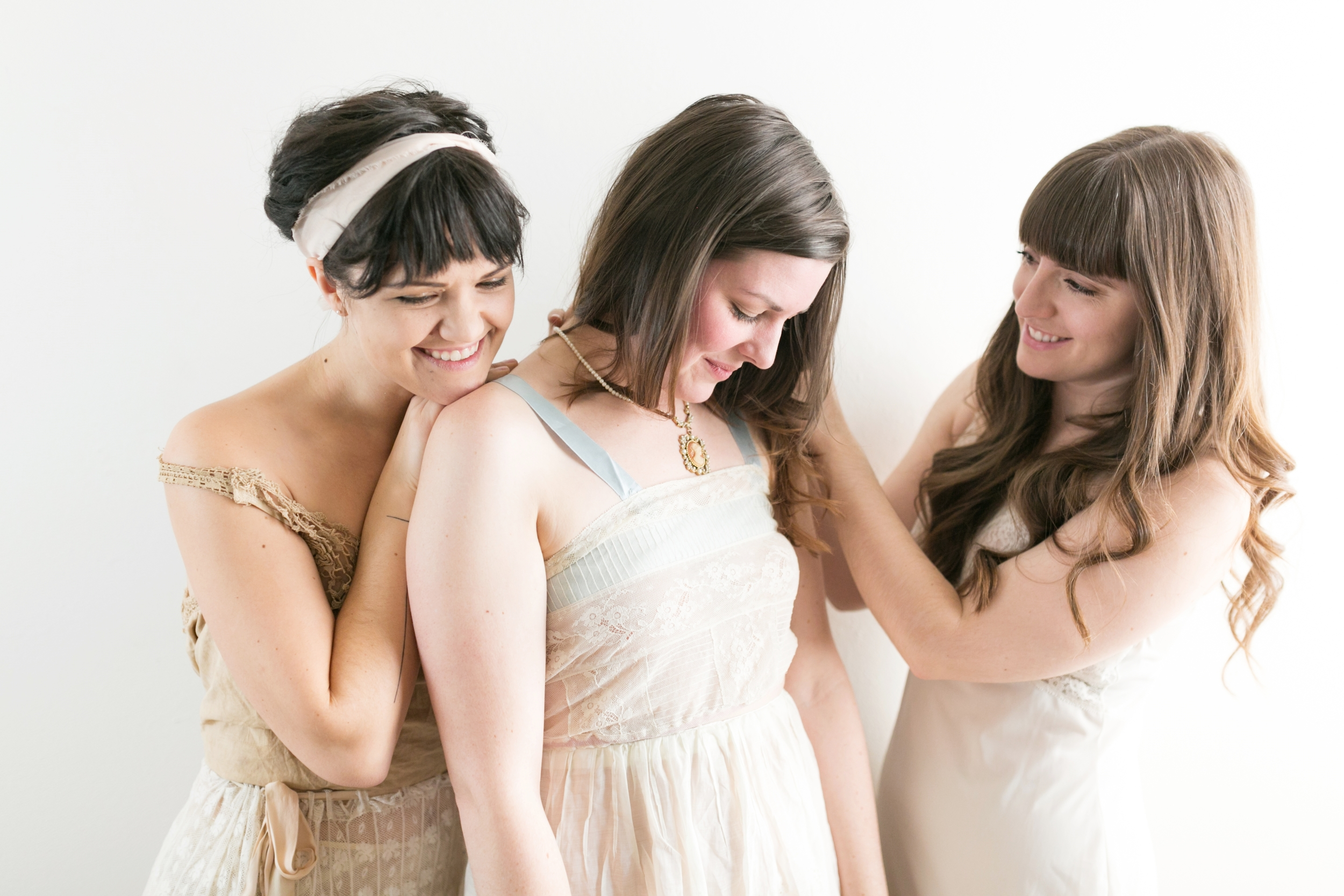 Valentines Bride and Her Bridesmaids  Styled Session  Hurtienne Photography  Portland Oregon Wedding Photographers (7)