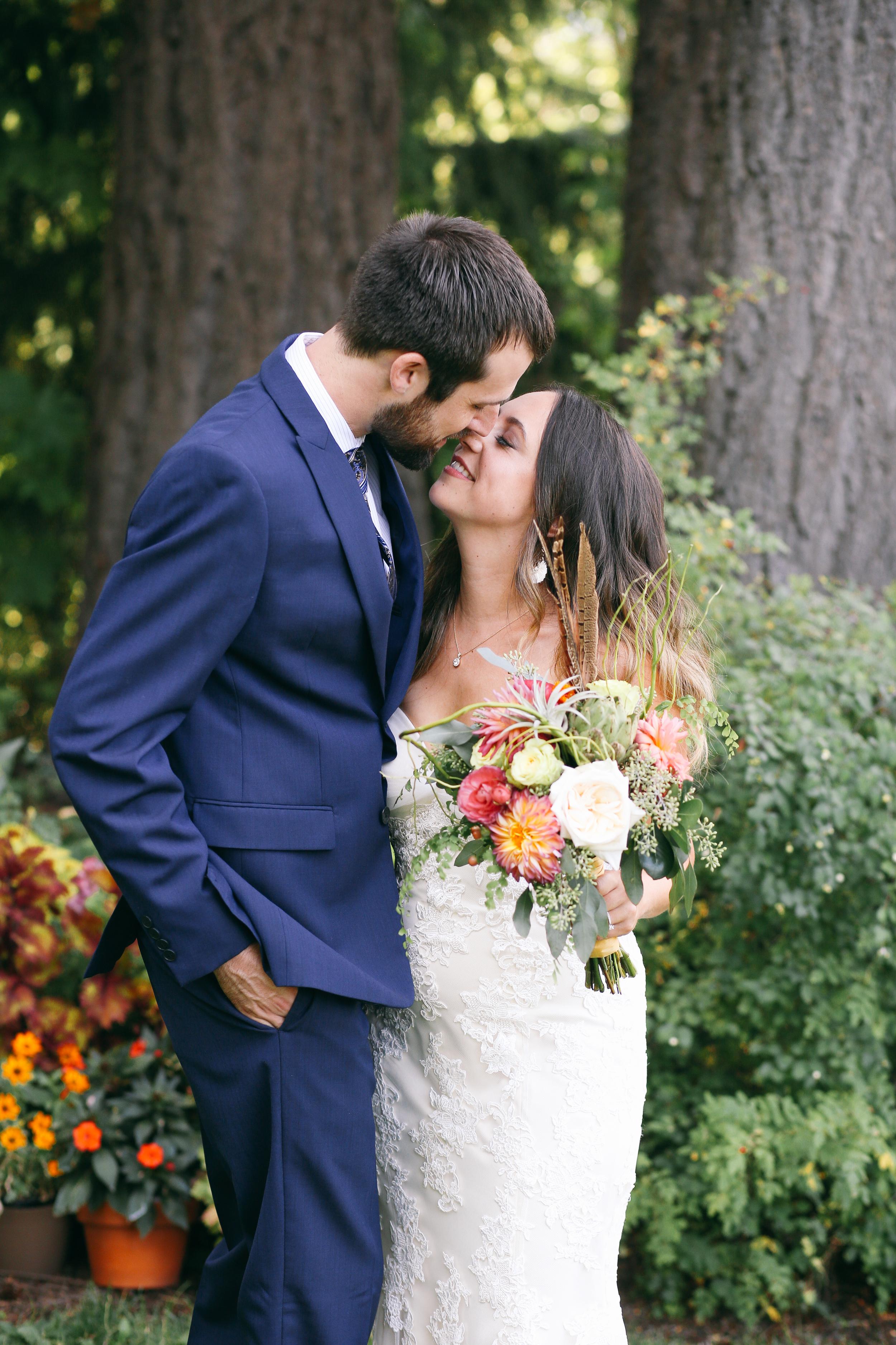 Sarah and Ben- Mt Hood Organic Farms, Portland  Oregon Wedding- Grace and Jaden Photography (120).jpg