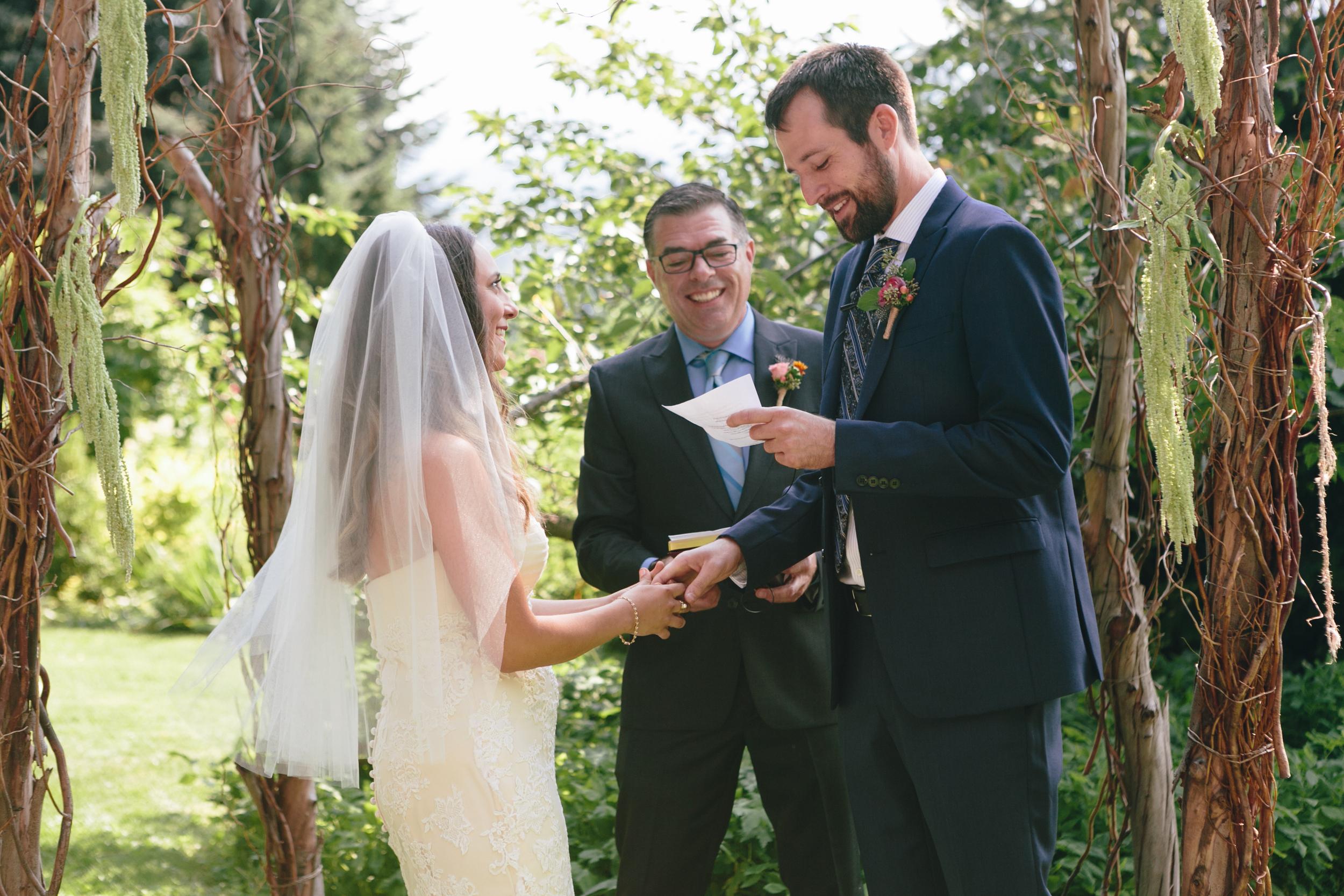 Sarah and Ben- Mt Hood Organic Farms, Portland  Oregon Wedding- Grace and Jaden Photography (281).jpg