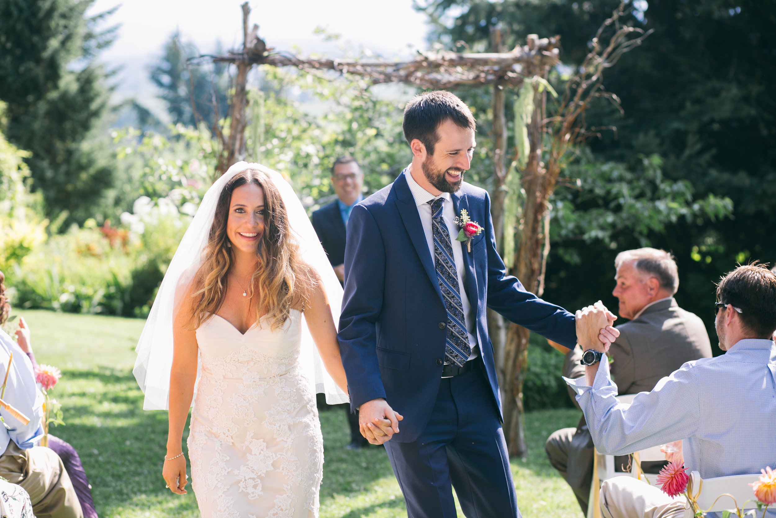 Sarah and Ben- Mt Hood Organic Farms, Portland  Oregon Wedding- Grace and Jaden Photography (319).jpg