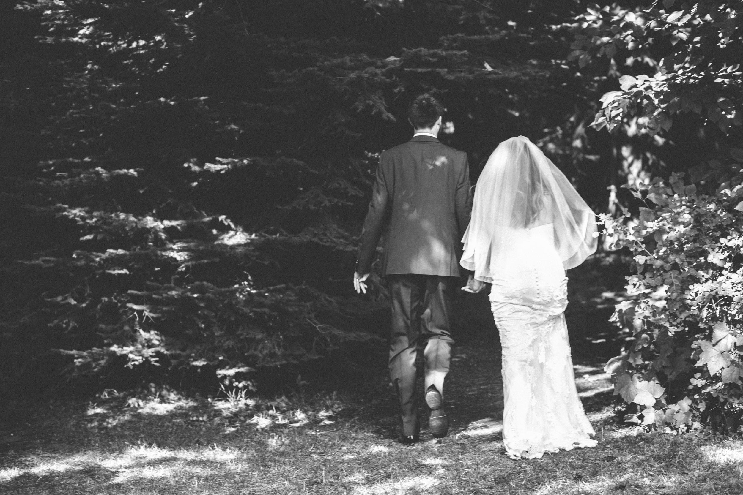 Sarah and Ben- Mt Hood Organic Farms, Portland  Oregon Wedding- Grace and Jaden Photography (325).jpg