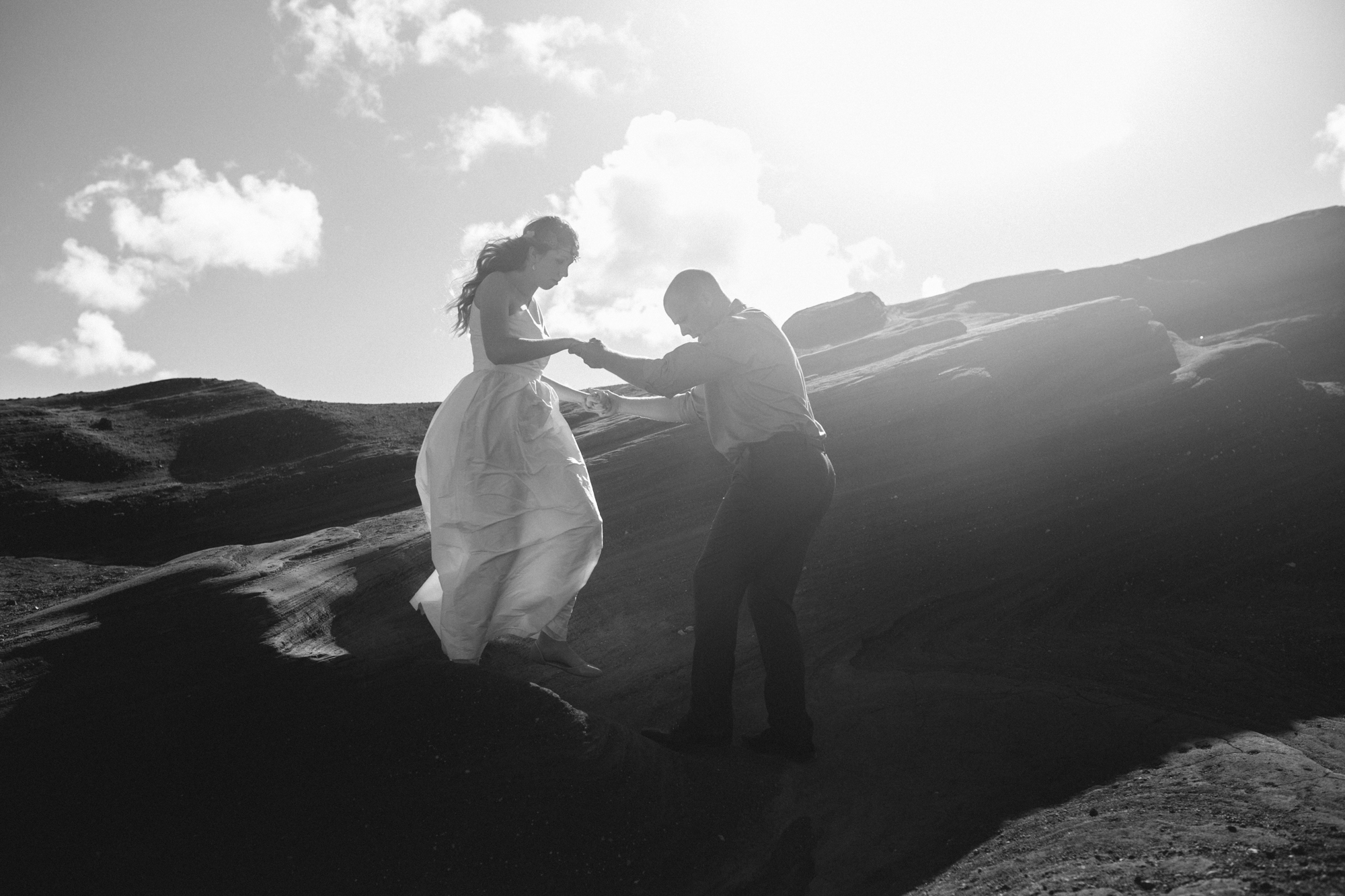 Oahu Wedding Photographer- Hawaii Destination Wedding- kahauloa cove- Grace and Jaden Hurtienne Photography (2).jpg