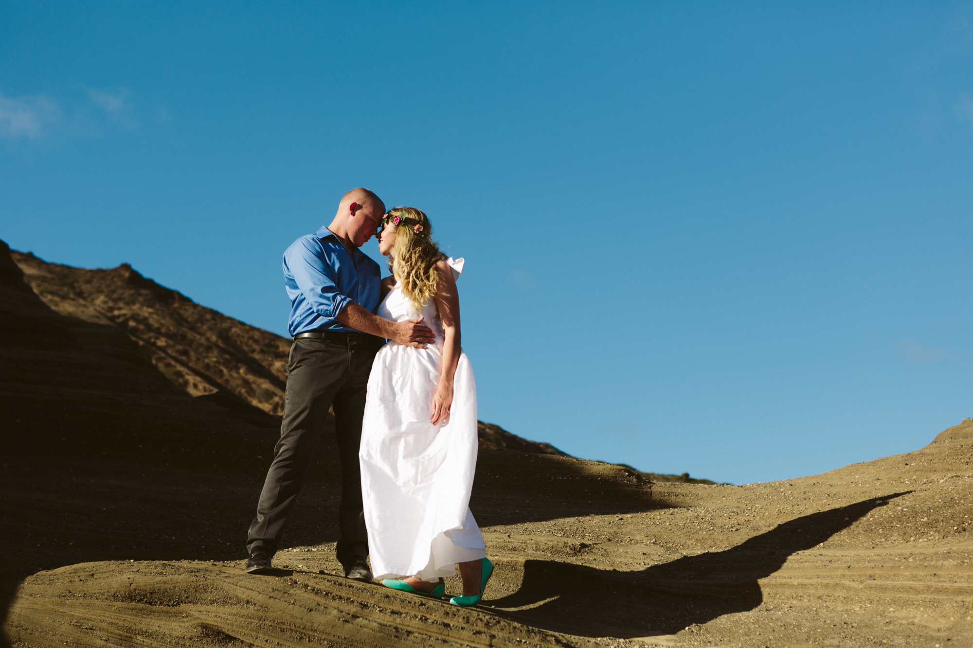 Oahu Wedding Photographer- Hawaii Destination Wedding- kahauloa cove- Grace and Jaden Hurtienne Photography (12).jpg