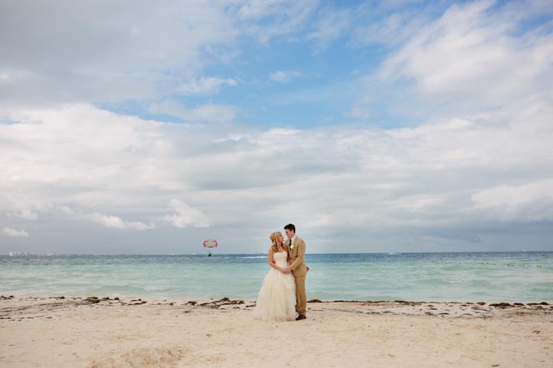 Cancun Mexico, Destination Wedding Photographer, Dream Sands Cancun, Grace and Jaden Photography (41).jpg