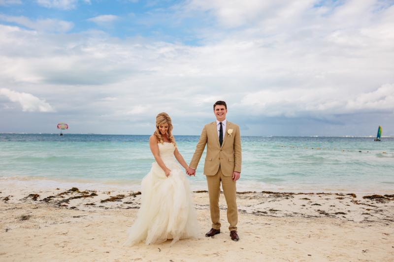 Cancun Mexico, Destination Wedding Photographer, Dream Sands Cancun, Grace and Jaden Photography (42).jpg
