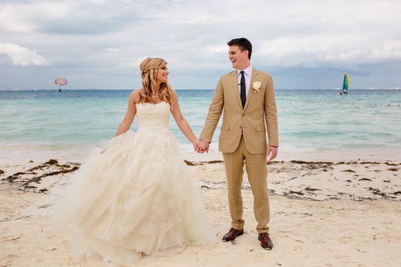 Cancun Mexico, Destination Wedding Photographer, Dream Sands Cancun, Grace and Jaden Photography (43).jpg