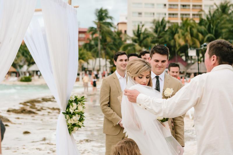 Cancun Mexico, Destination Wedding Photographer, Dream Sands Cancun, Grace and Jaden Photography (59).jpg