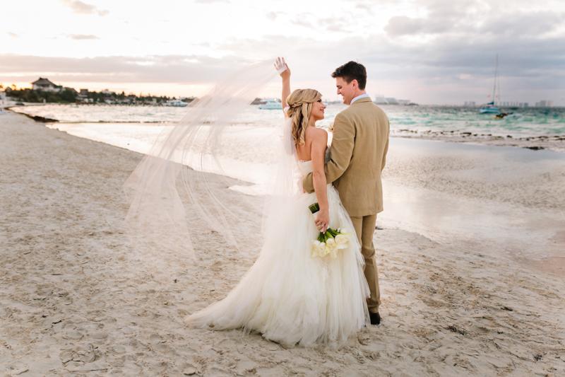 Cancun Mexico, Destination Wedding Photographer, Dream Sands Cancun, Grace and Jaden Photography (84).jpg