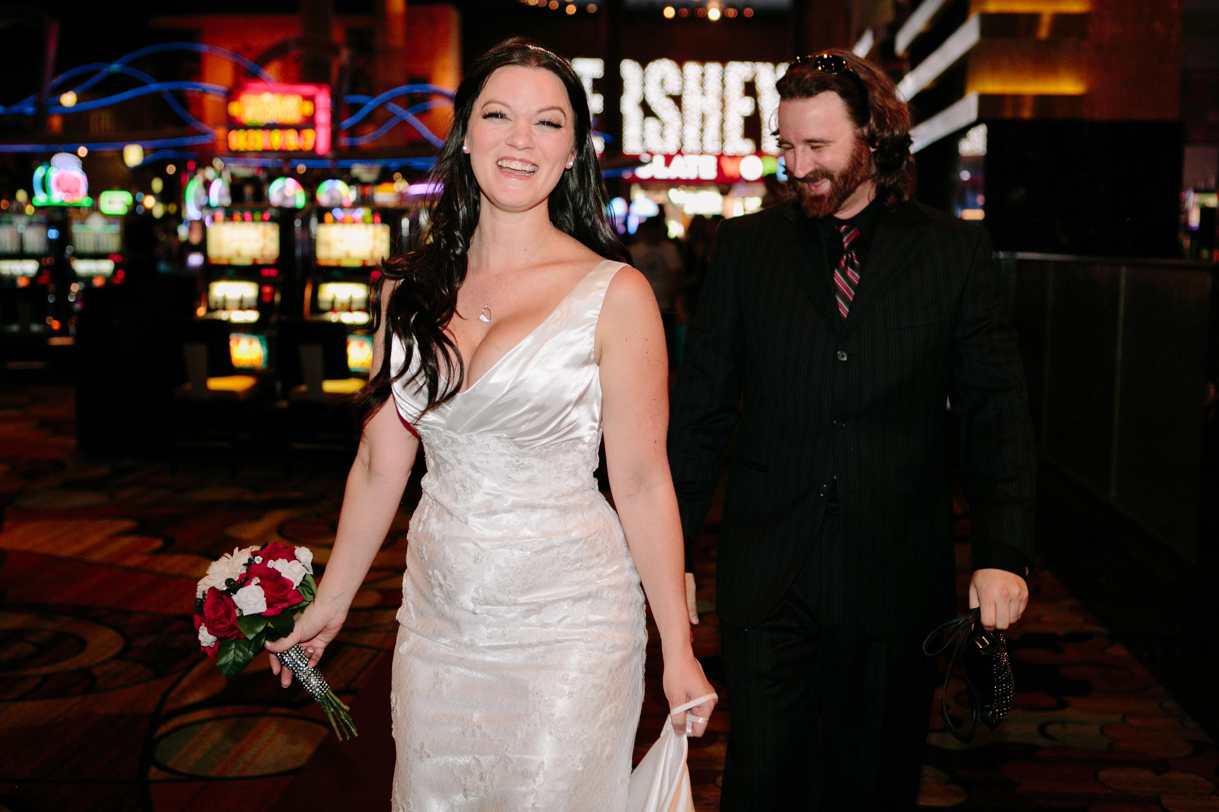 Las Vegas Wedding Photos  Nevada Photographer (22).jpg