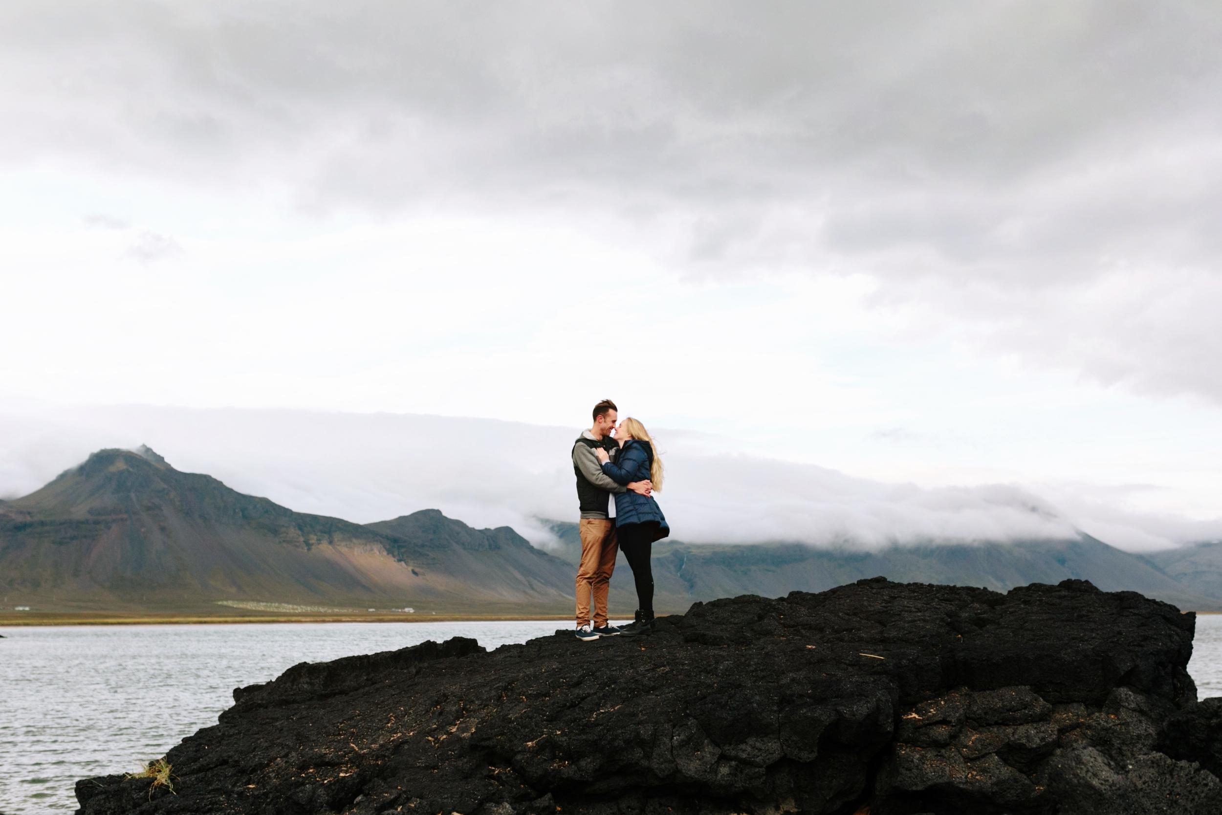 Snæfellsnes Peninsula  Iceland   Halldóra and Hobie (7)(fr).jpg