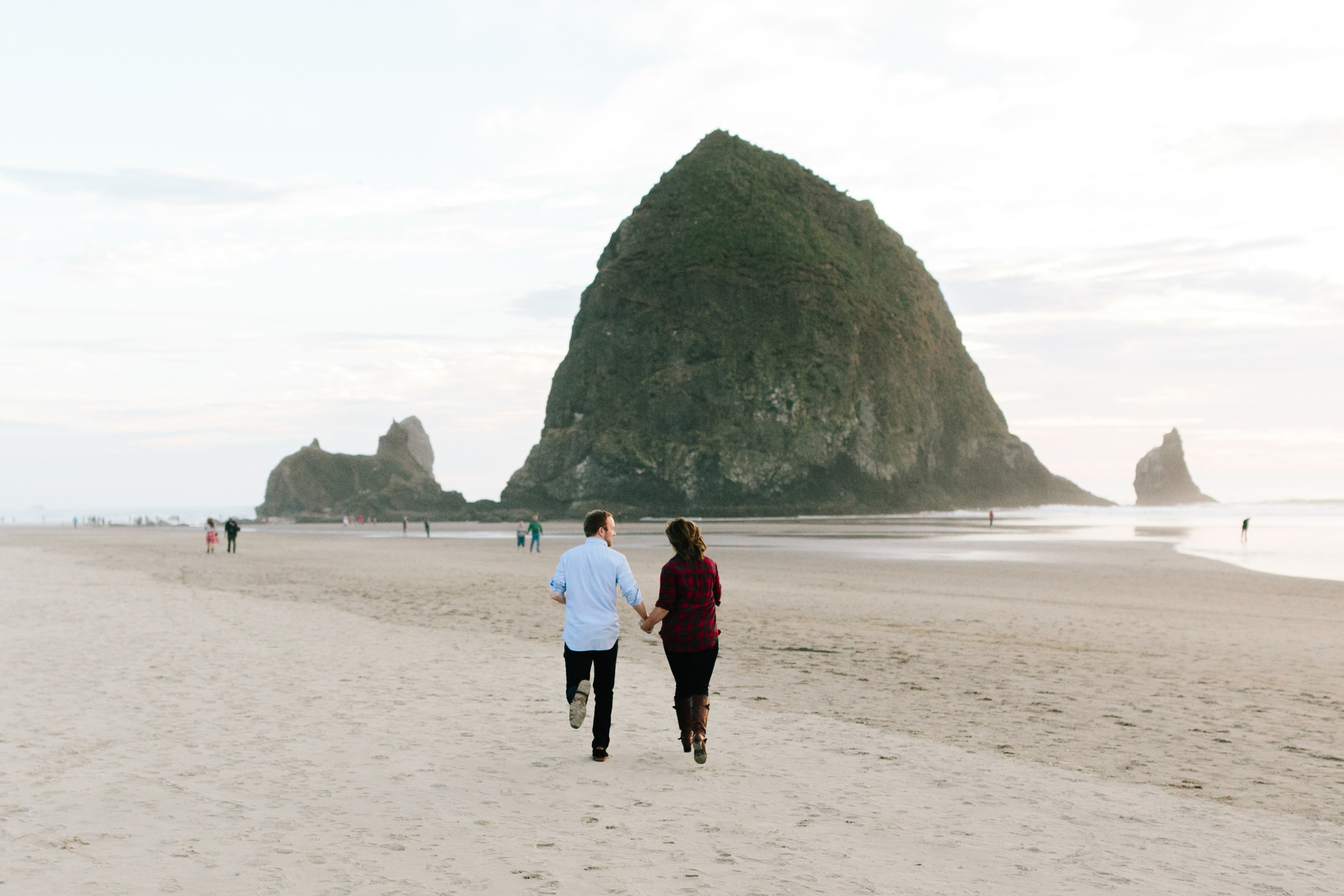 Cannon Beach Portland Oregon, Anniversary, Zach and Hailey (9).jpg