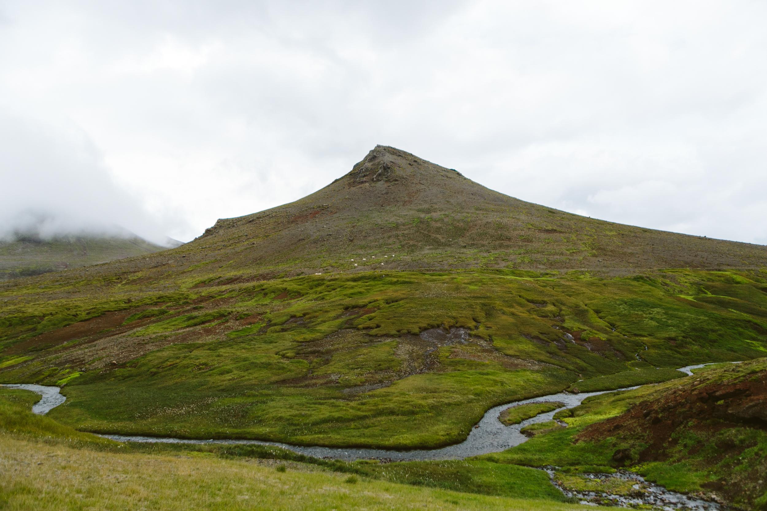 Iceland Outdoor Photographer- Grace and Jaden Photography (164).jpg