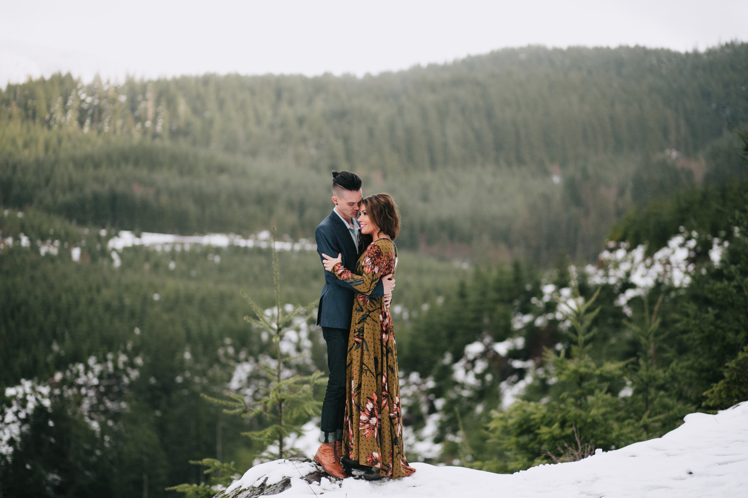 Portland Oregon Engagement Photgraphy- Detroit Lake (18).jpg