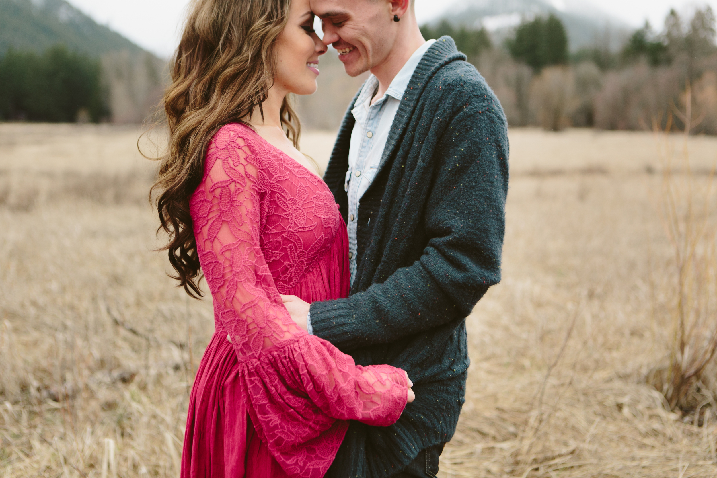 Portland Oregon Engagement Photgraphy- Detroit Lake (9).jpg