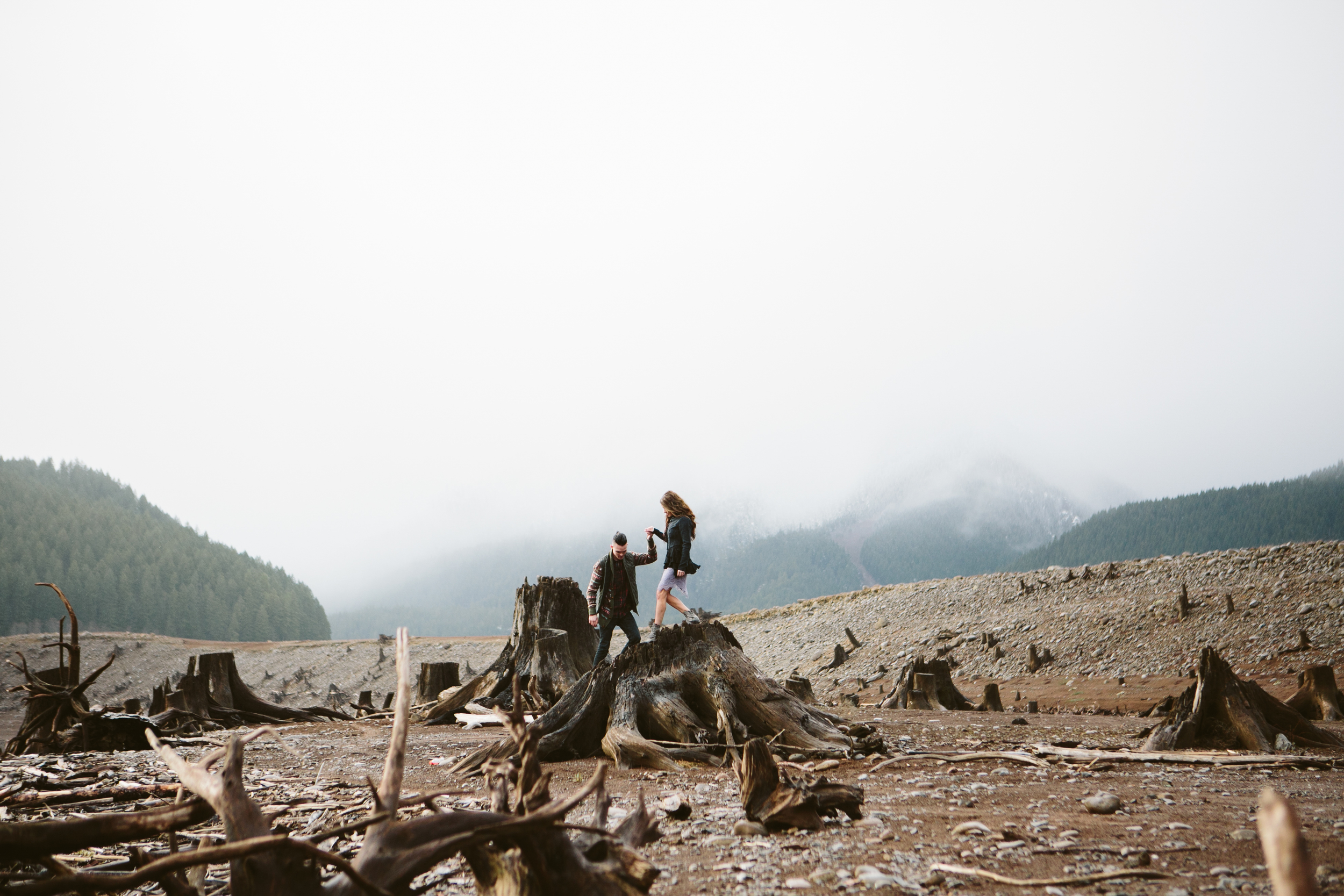Portland Oregon Engagement Photgraphy- Detroit Lake (13).jpg