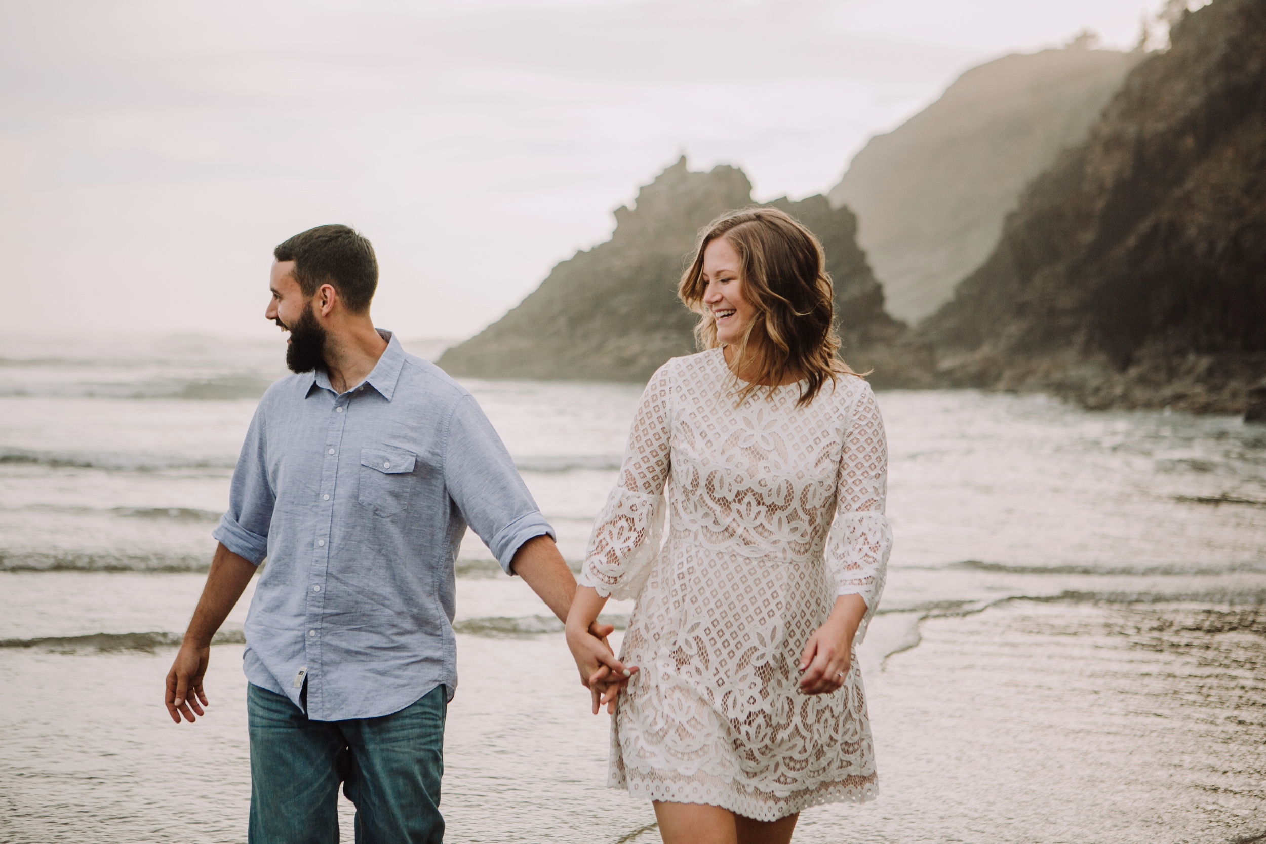 Oregon Coast Cannon Beach Engagement Session- Grace and Jaden photography (5).jpg