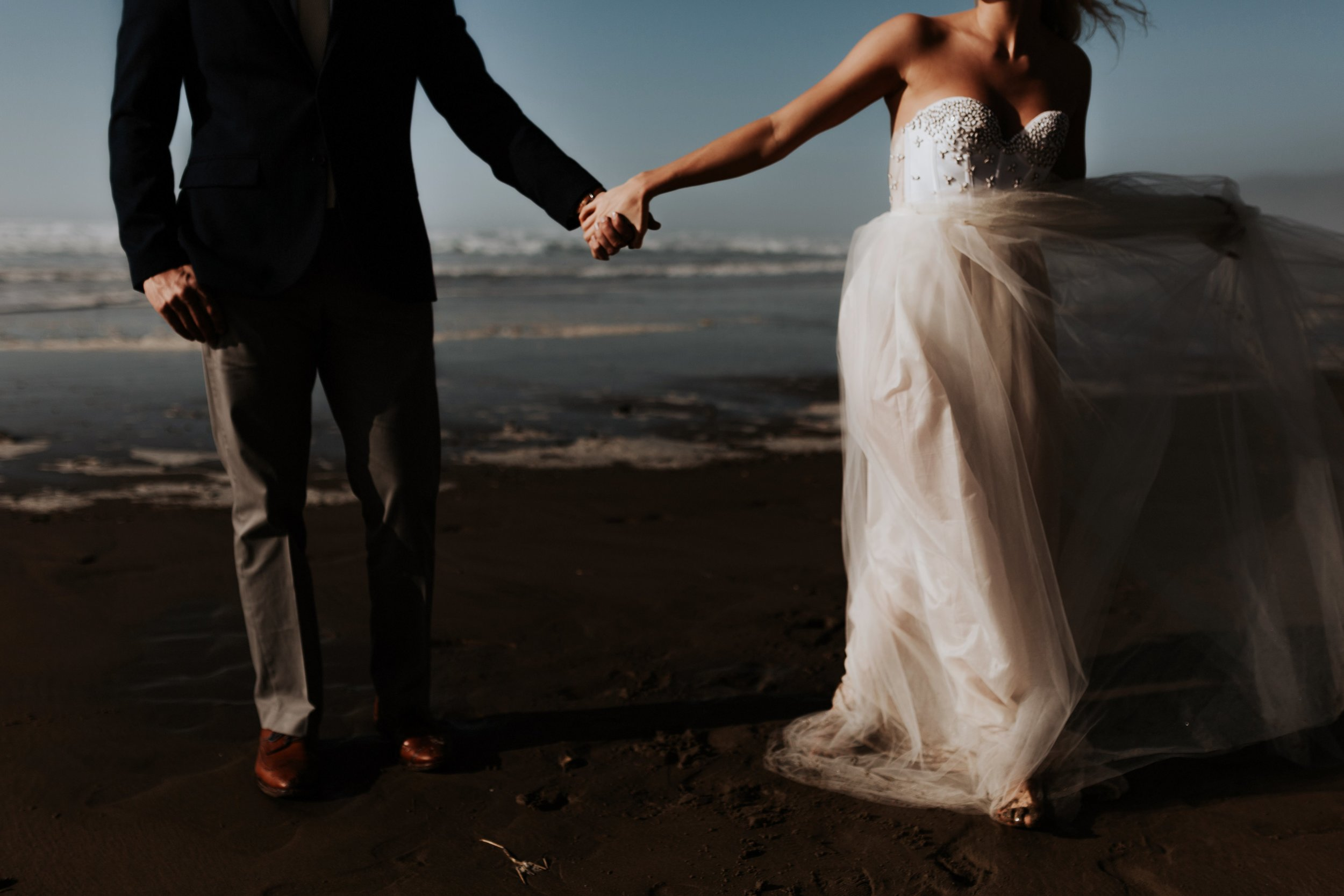 Cannon Beach Oregon Elopement- Grace and Jaden Photography (4)(1).jpg