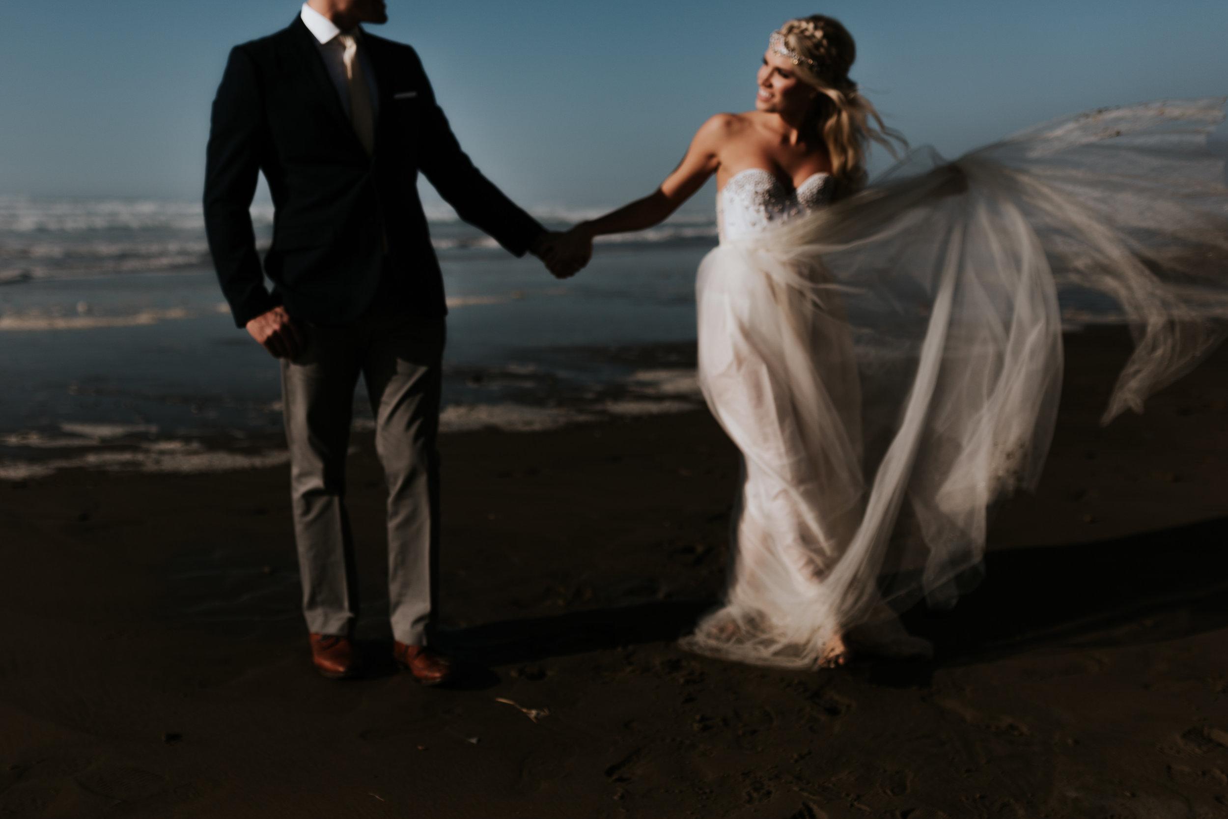 Cannon Beach Oregon Elopement- Grace and Jaden Photography (5).jpg