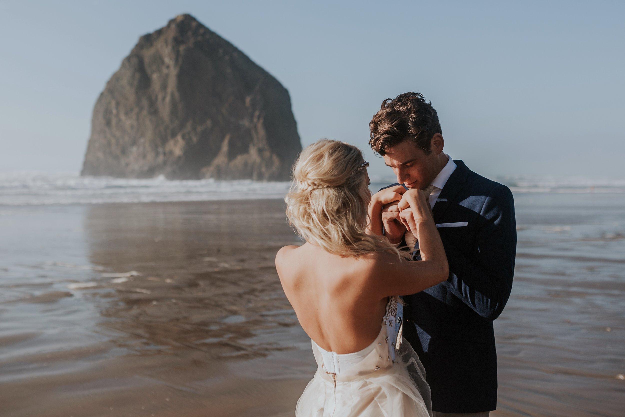 Cannon Beach Oregon Elopement- Grace and Jaden Photography (8)(1).jpg