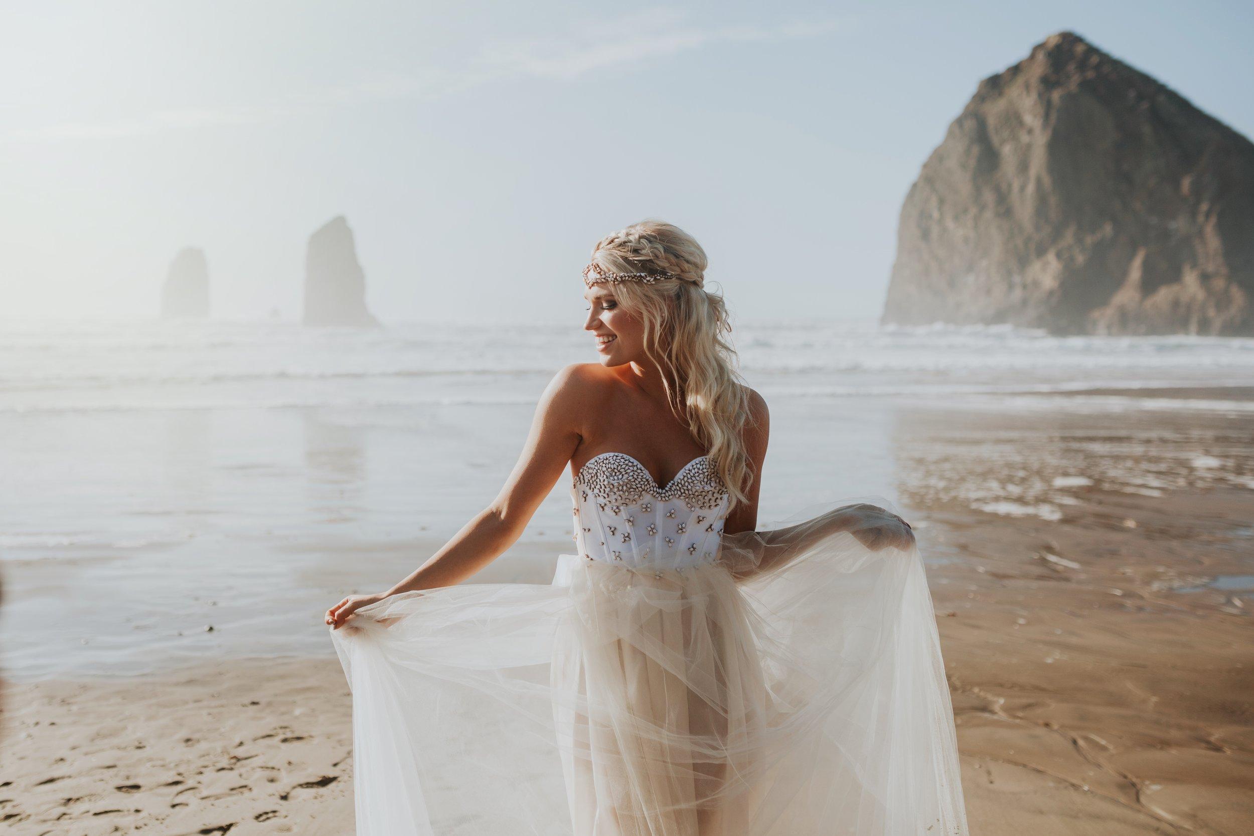 Cannon Beach Oregon Elopement- Grace and Jaden Photography (9)(1).jpg