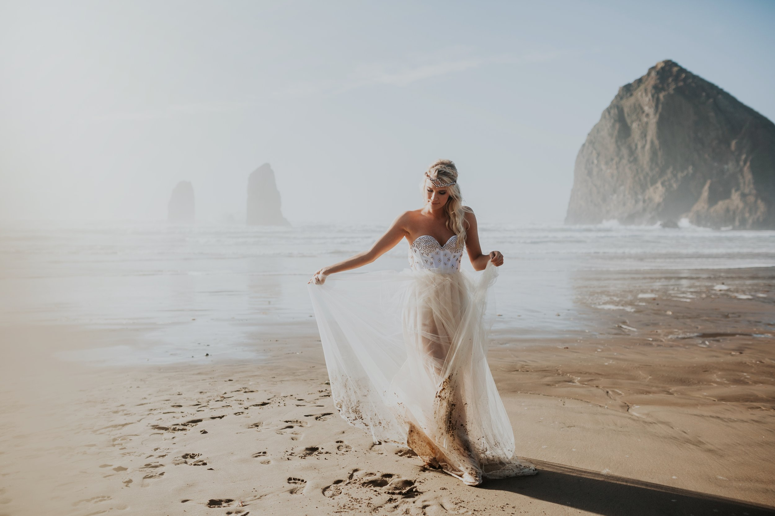 Cannon Beach Oregon Elopement- Grace and Jaden Photography (10)(1).jpg
