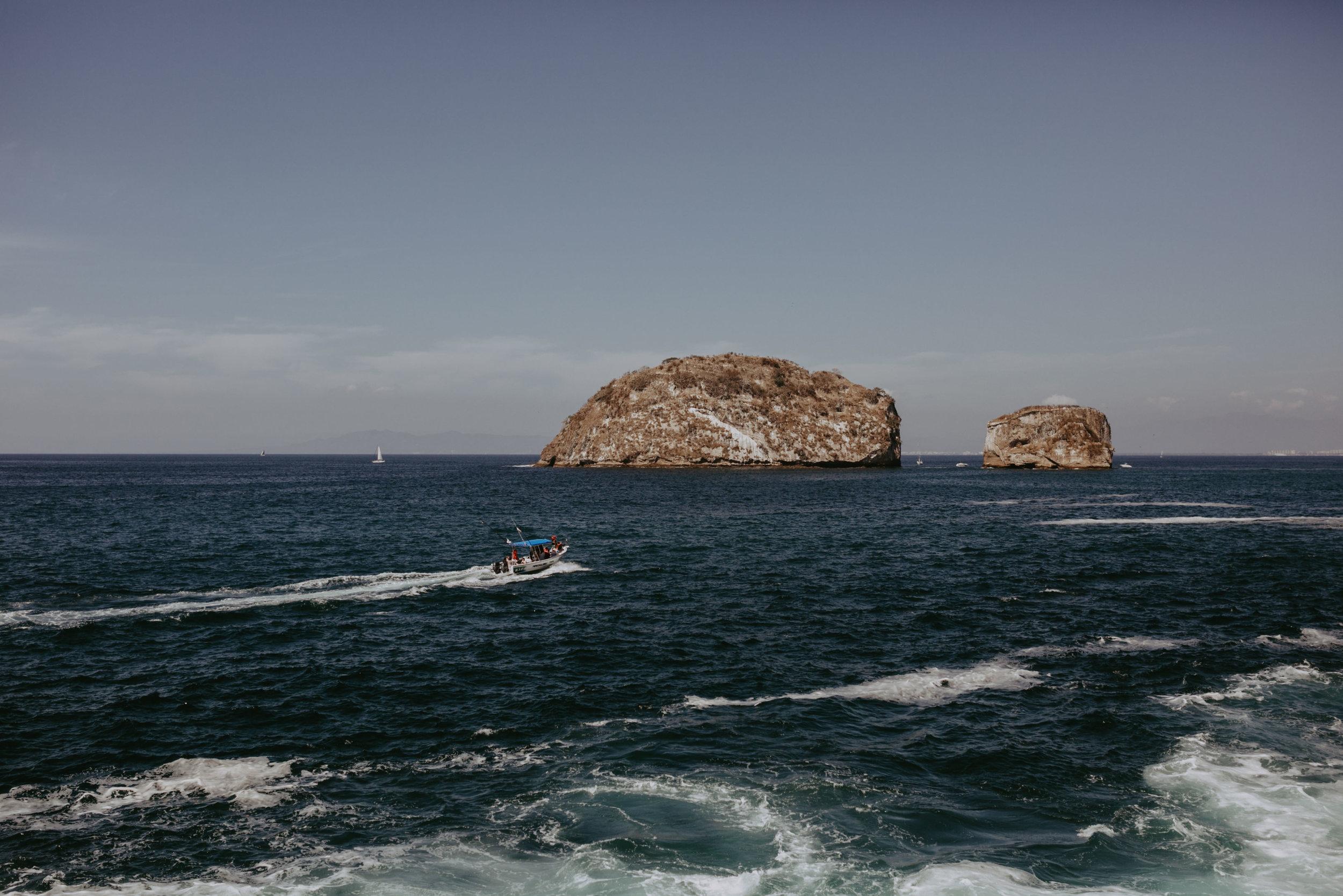 Puerto Vallarta Destination  Wedding- Grace and Jaden photography (1).jpg
