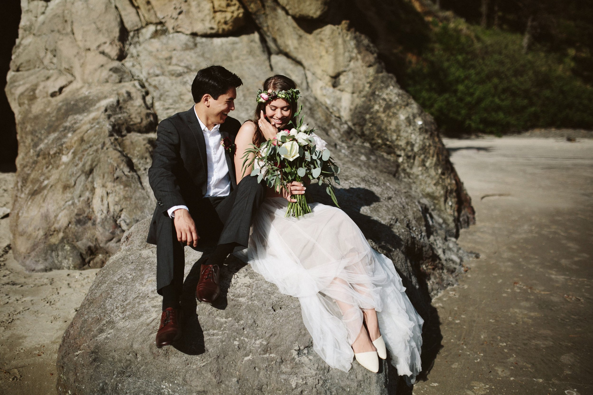 Grace and Jaden Photography- Best Places to Elope in Oregon- Acadia Beach (1).jpg