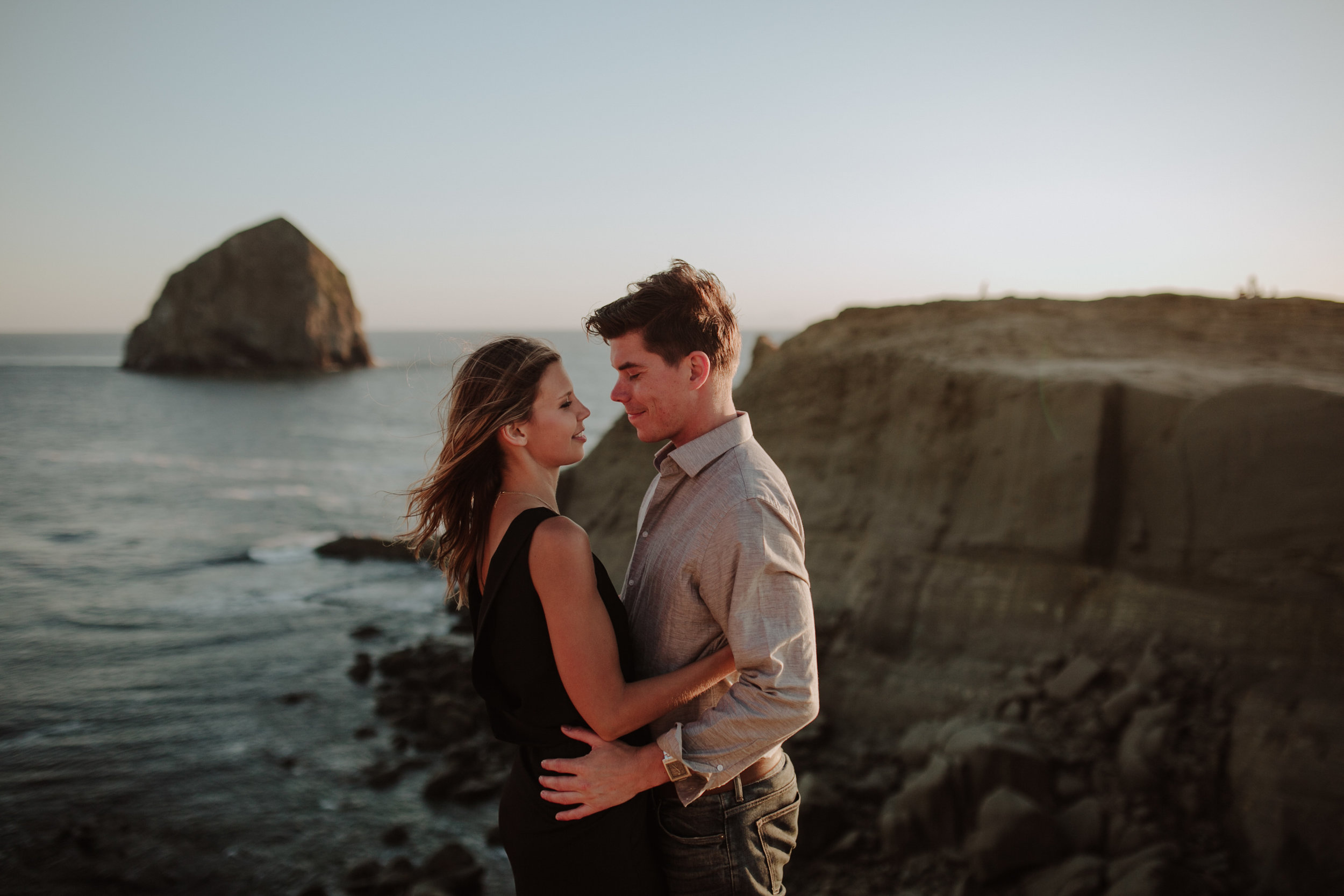 Best Places to Elope In Oregon- Cape Kiwanda Pacific City Oregon (2)sd.jpg