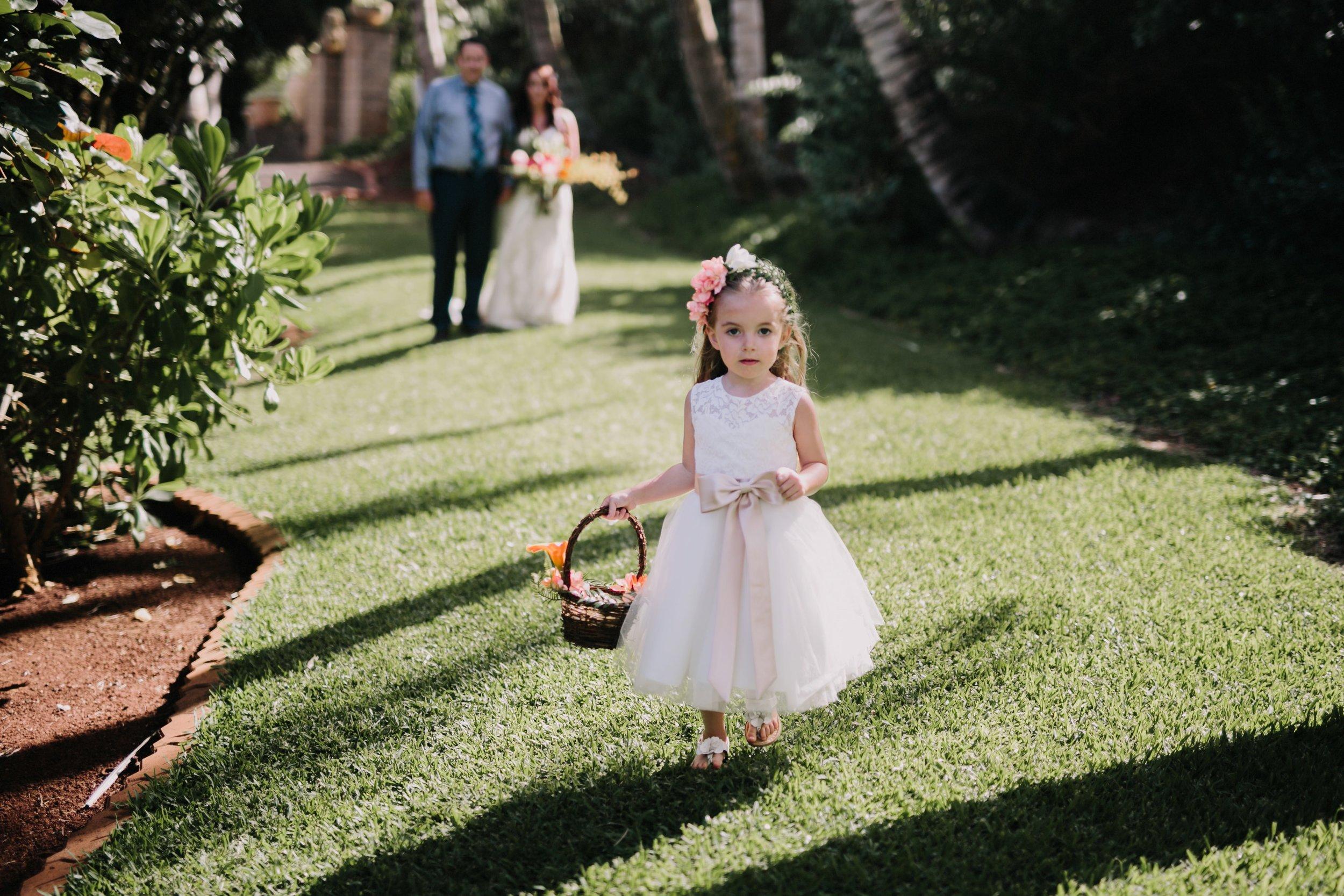 Aliomanu Beach, Kauai Wedding- Grace and Jaden Photography (28).jpg