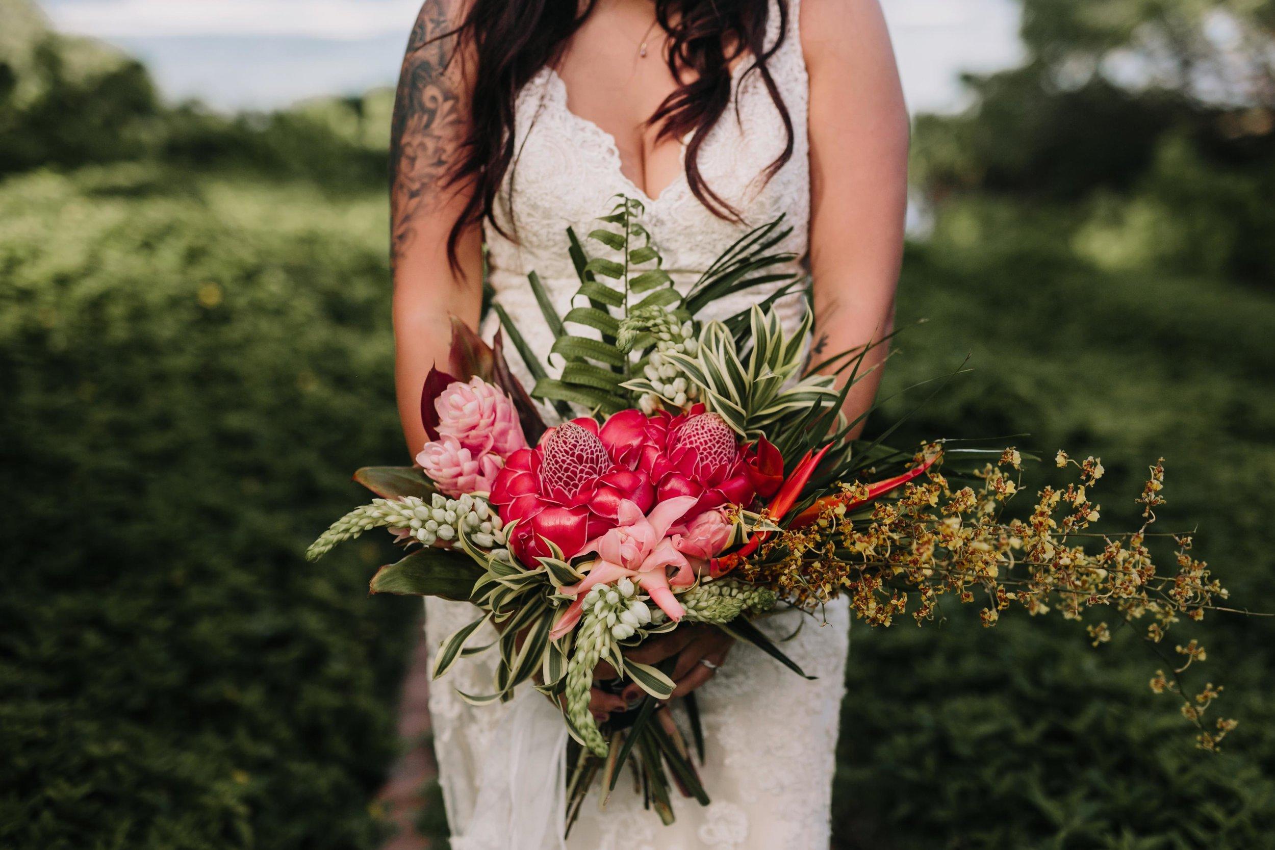 Aliomanu Beach, Kauai Wedding- Grace and Jaden Photography (37).jpg