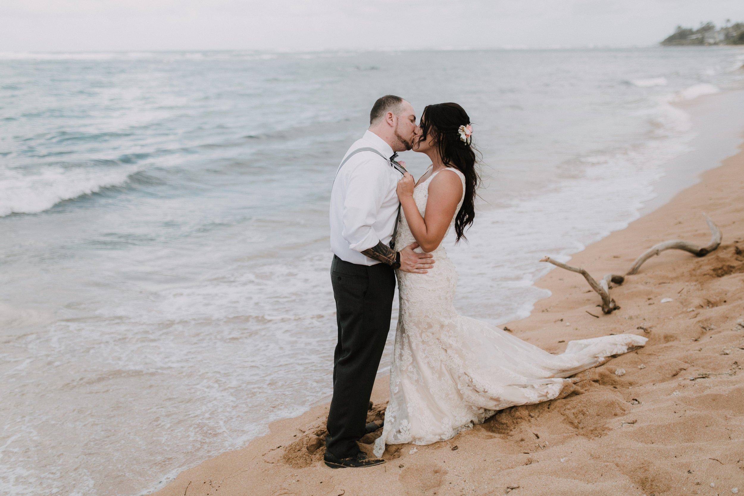 Aliomanu Beach, Kauai Wedding- Grace and Jaden Photography (39).jpg