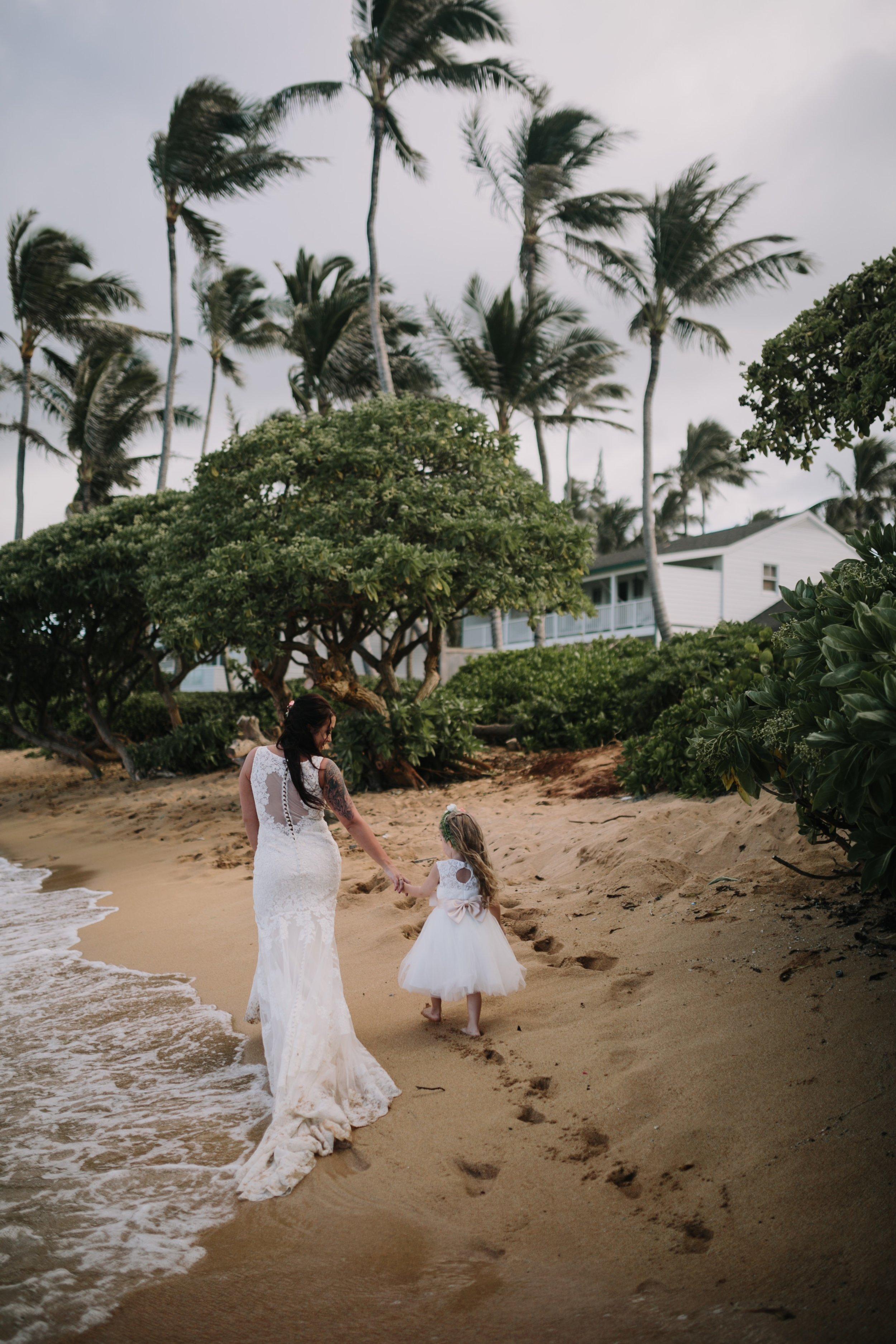 Aliomanu Beach, Kauai Wedding- Grace and Jaden Photography (41).jpg