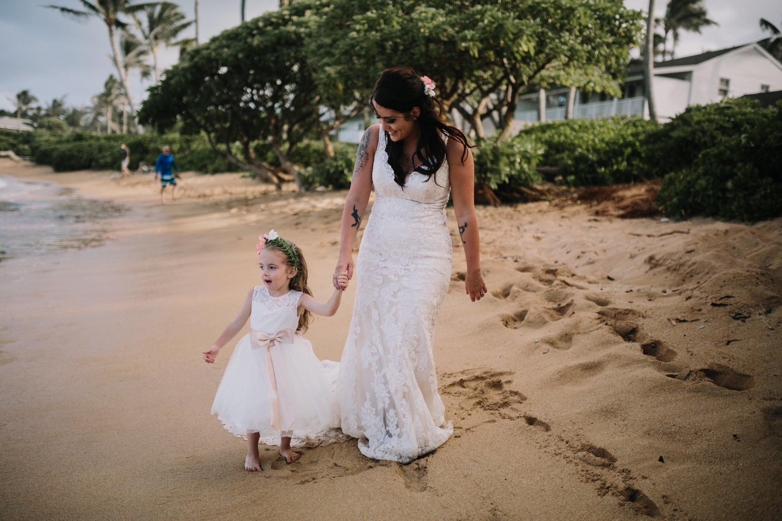 Aliomanu Beach, Kauai Wedding- Grace and Jaden Photography (42).jpg