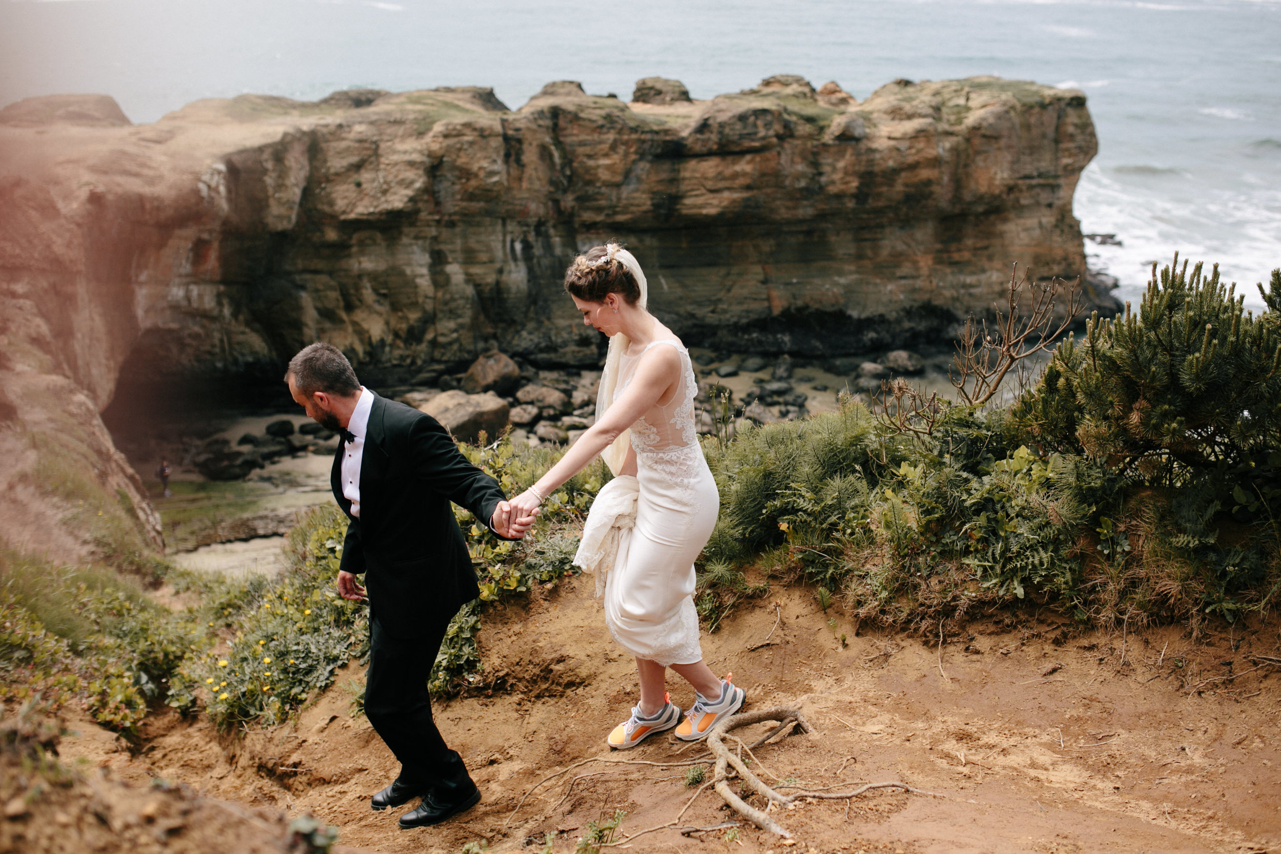 Oregon Coast Wedding- Grace and Jaden Photography (31).jpg