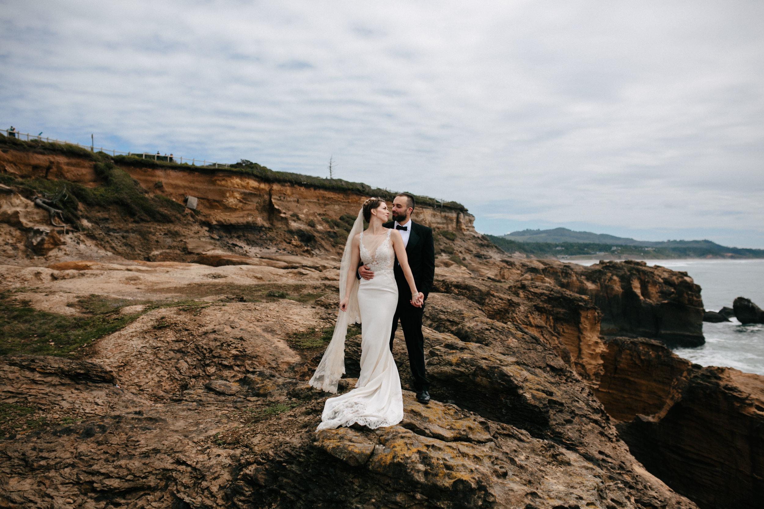 Oregon Coast Wedding- Grace and Jaden Photography (34).jpg