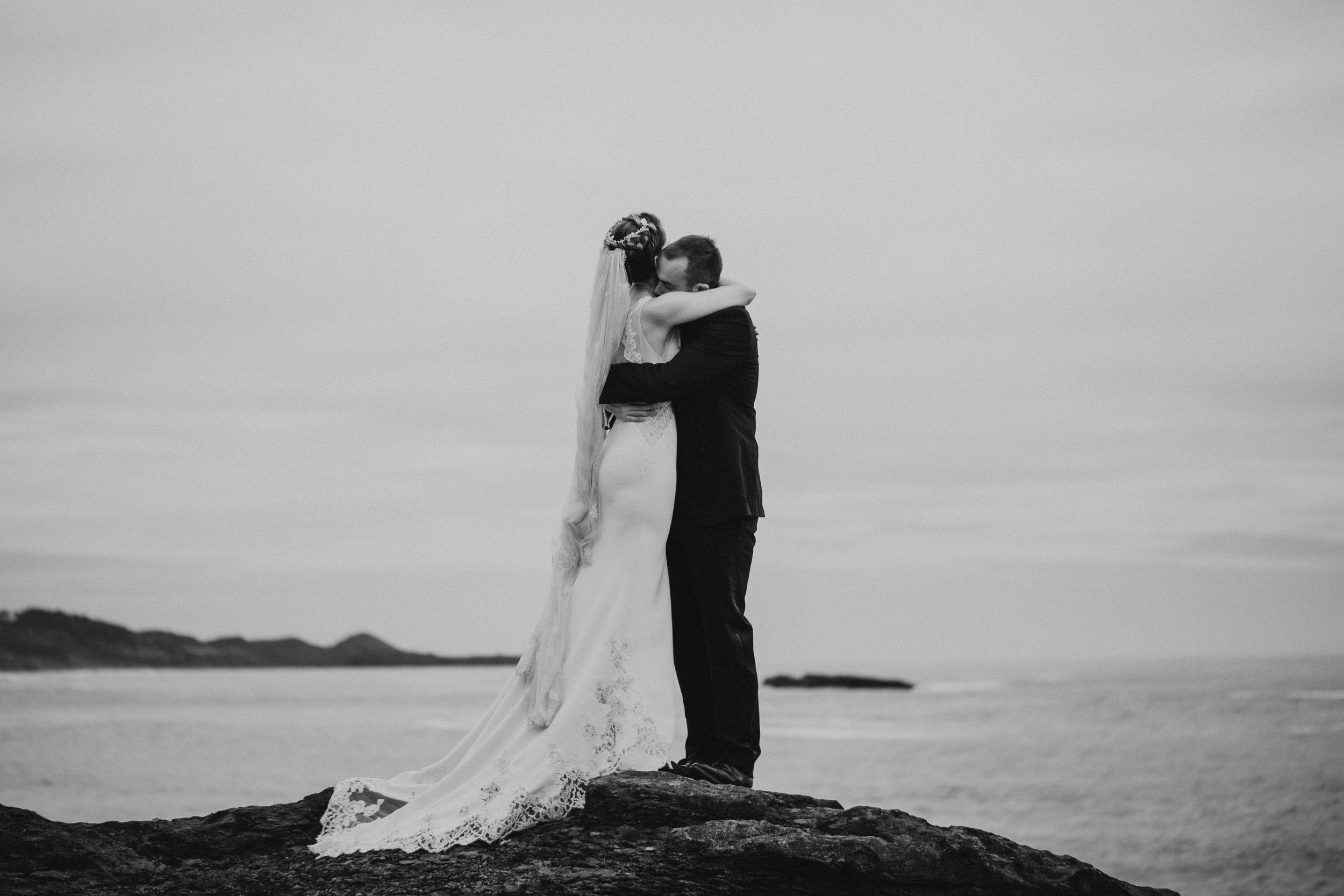 Oregon Coast Wedding- Grace and Jaden Photography (37).jpg