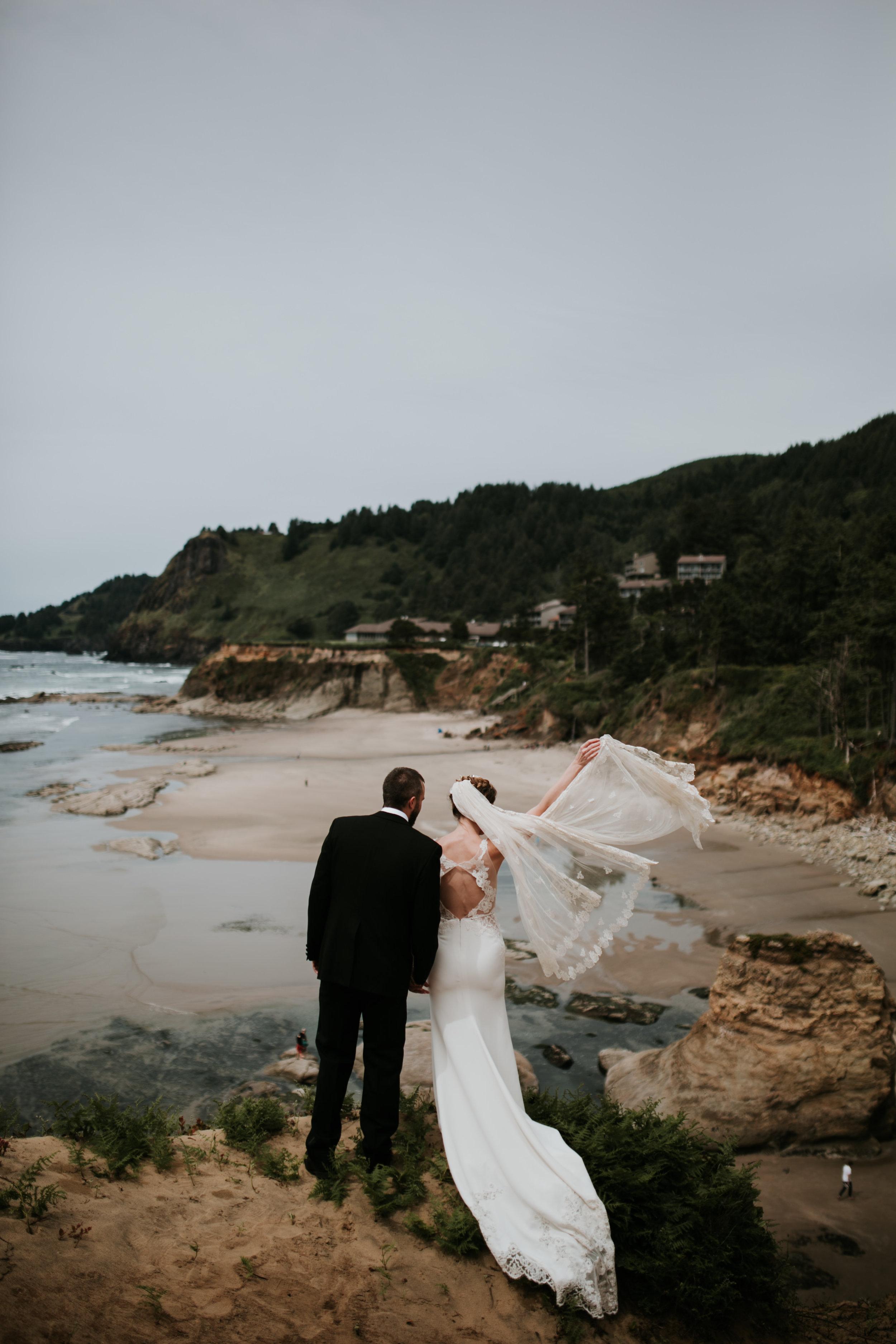 Oregon Coast Wedding- Grace and Jaden Photography (49).jpg